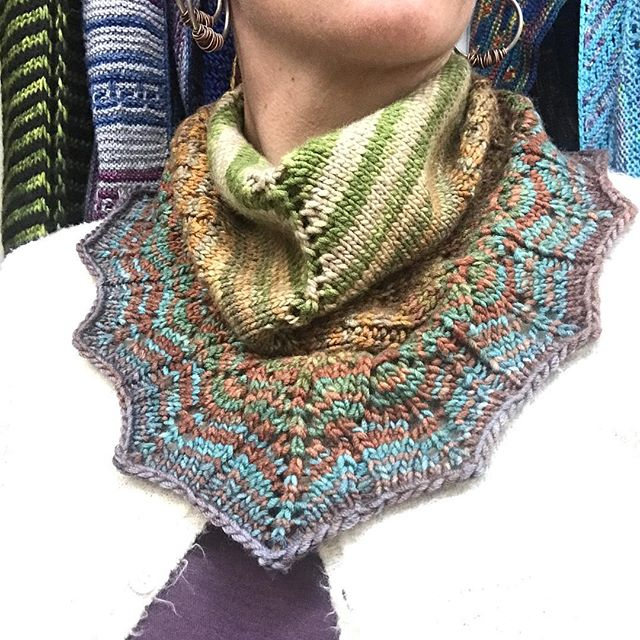How fabulous is YOUR fall neckwear?!? Locally knit snazzy duds fresh on the rack 👏 #fall #scarf #cowl #knit #snazzy #fabulousneckwear #thisoneismine #itsgettingcoldoutside #handmade #sticksandstoneshandmade #shoplocal