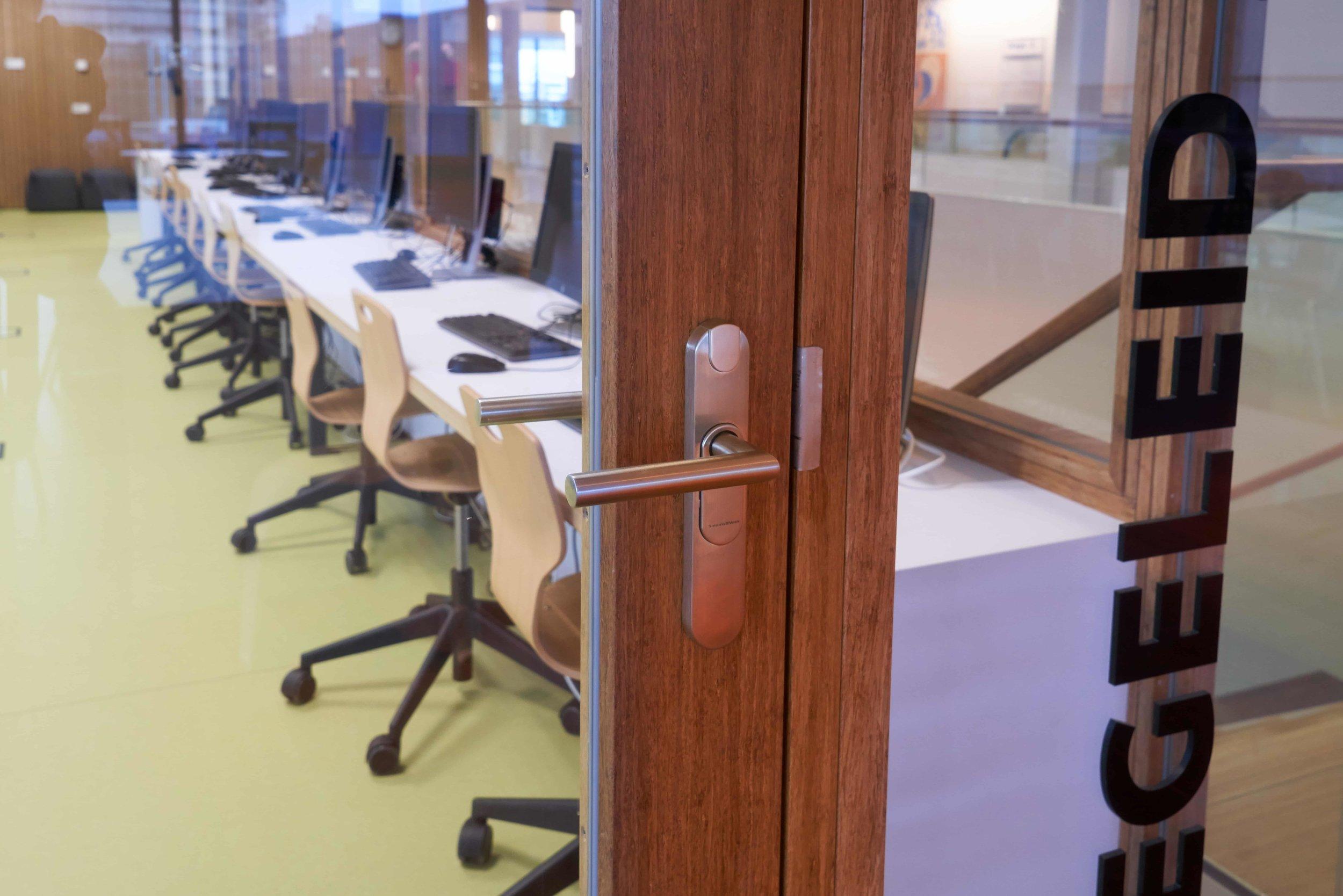 KOSA-Bamboe-deur-min.jpg
