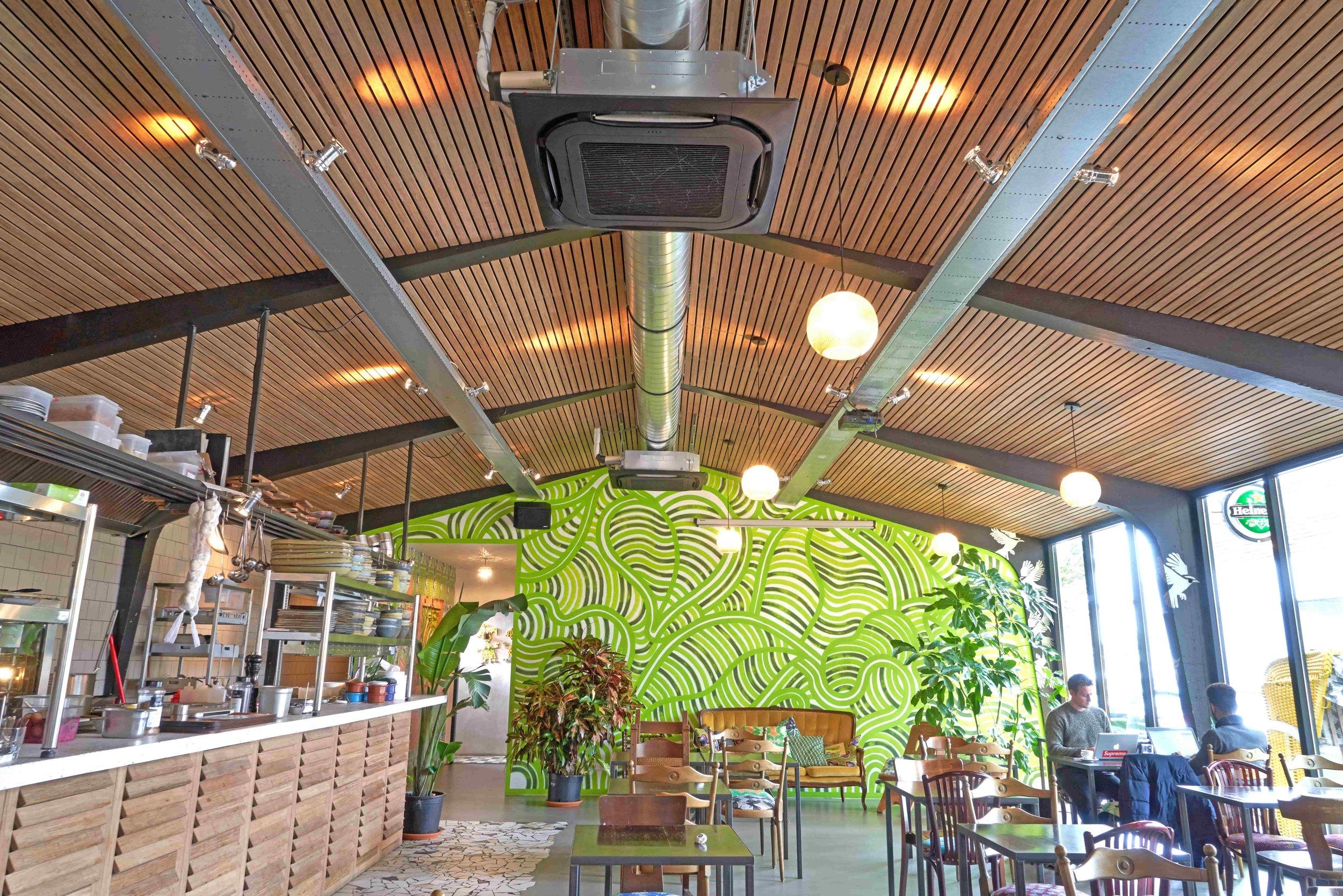 KOSA-bamboo-plafond-latten-min.jpg