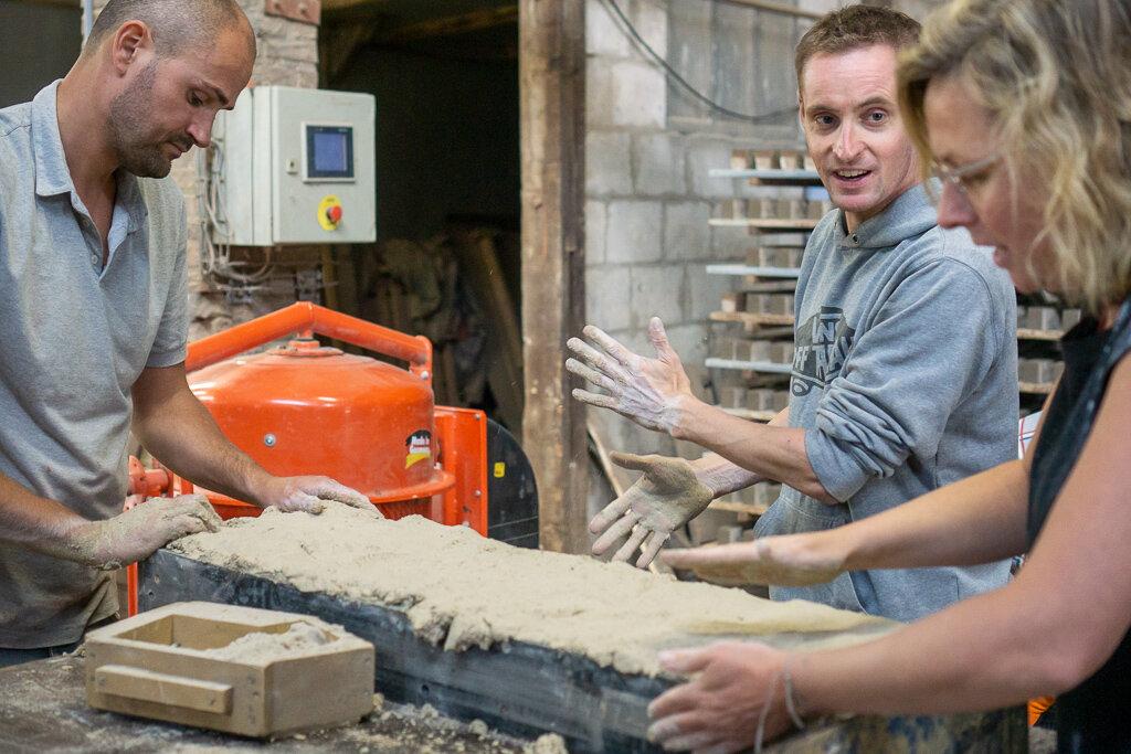 zilverschoon_factory_brickmaking_tom_thomas_esther (3).jpg