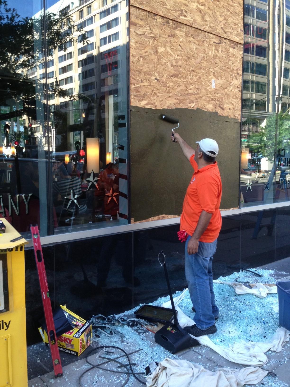 Virginia Glass door and window Repair Board up