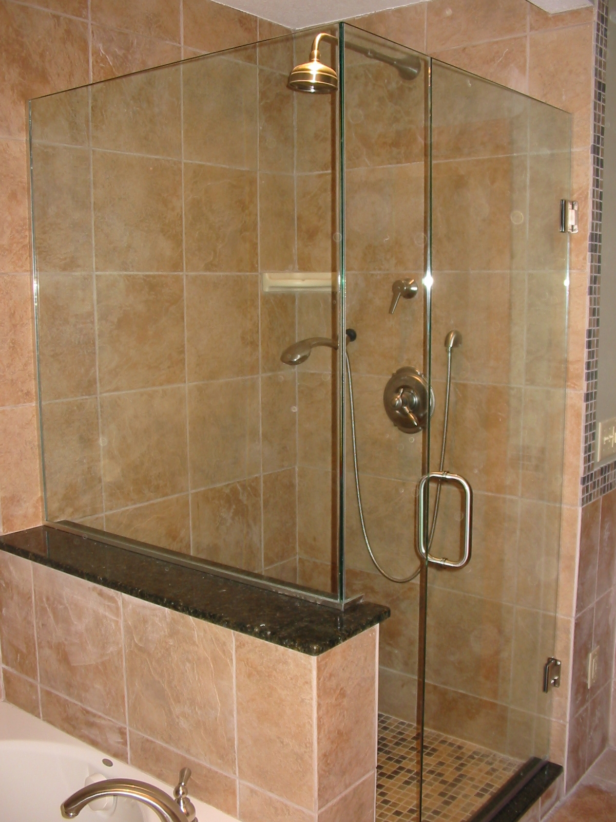 Arlington-Fairfax- Loudoun-Virginia-va-frameless-Glass-shower-doors