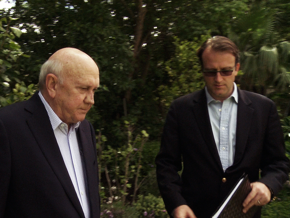 Director Nicolas Rossier and F.W. de Klerk heading into the interview