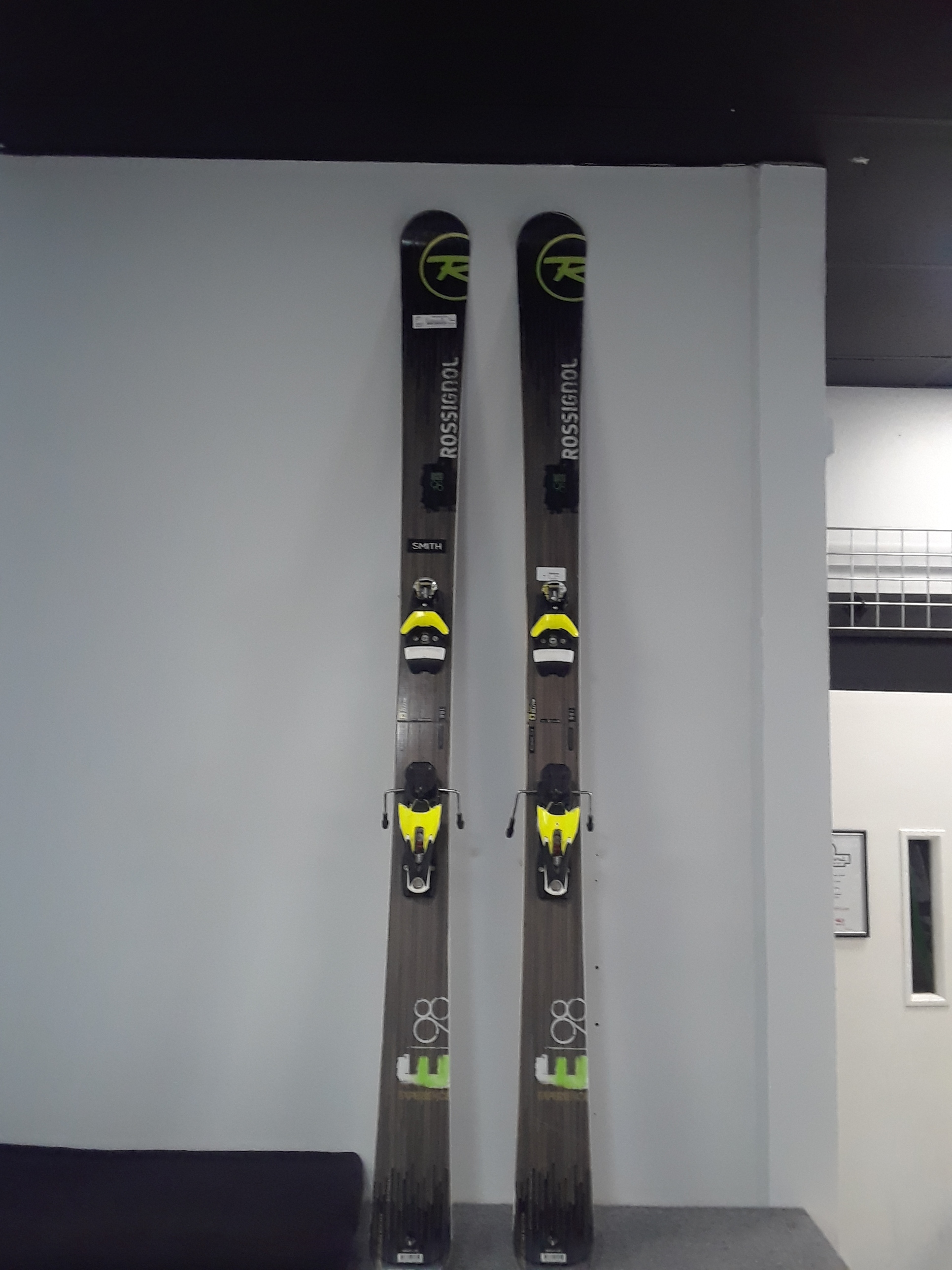 188 Rossi E98 W/Axial 12 Bindings Our Price - $369 MSRP - $800