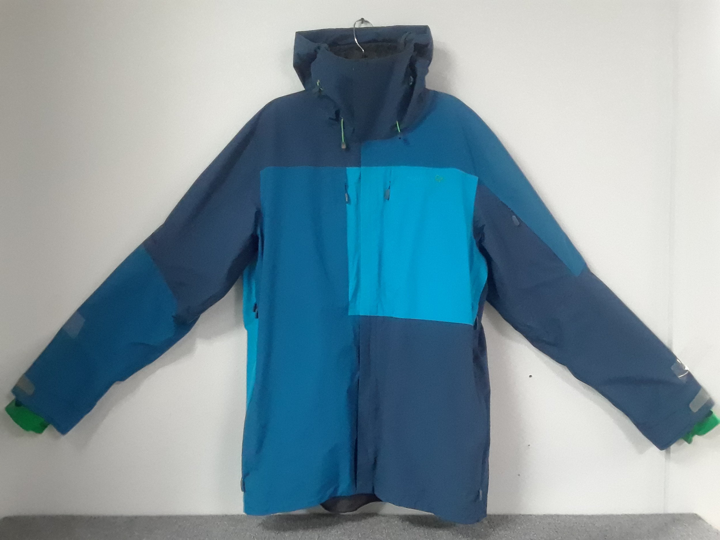 Don't fear the winter with the Norrona Narvik jacket with Gore-Tex fabric. MSRP is listed at $600 and we have it priced at $199. The size is a men's XXL.