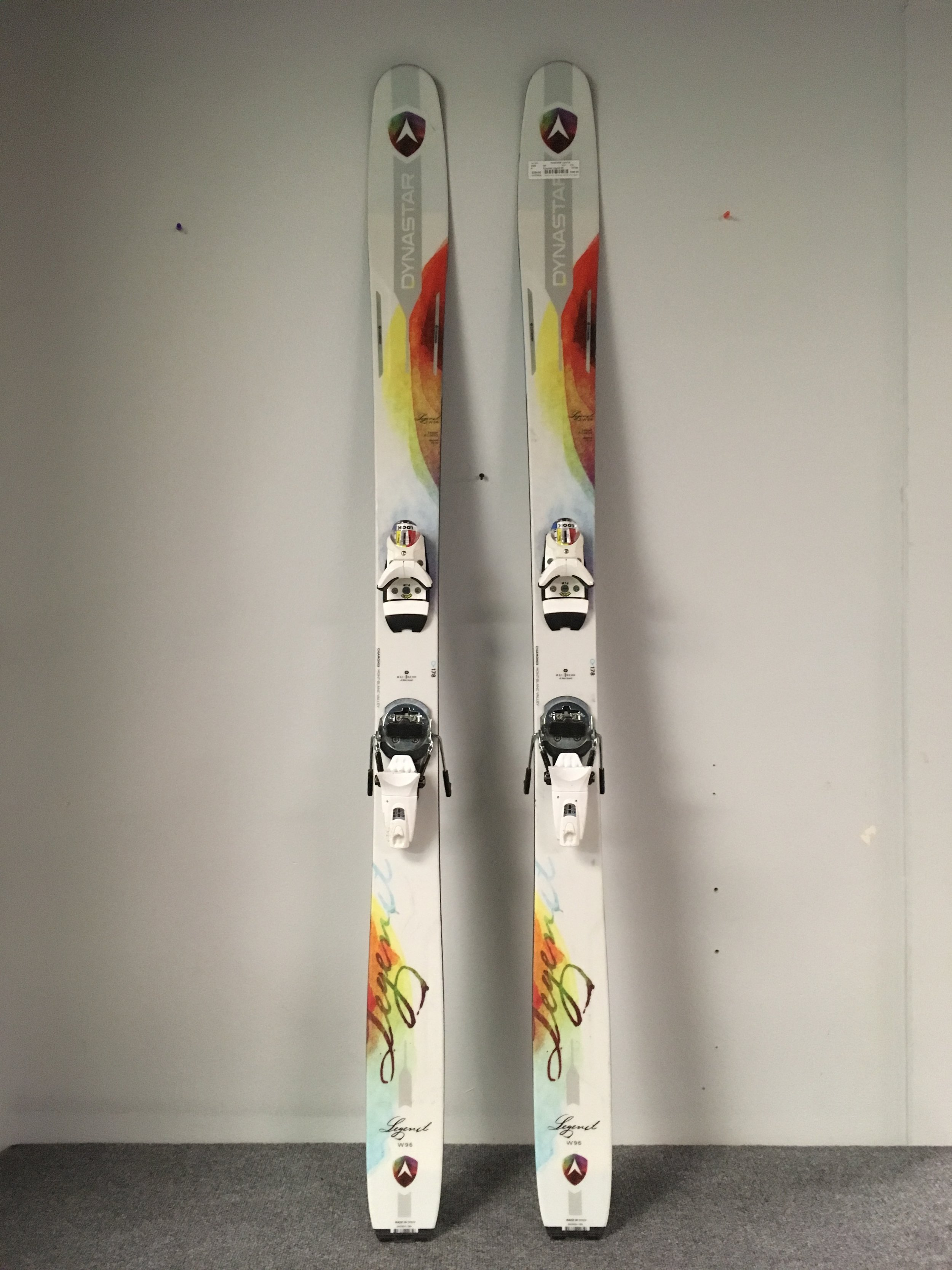 Dynastar's Legend 96 is back this year! A perfect all mountain ski with Look's Dual WTR 14 binding mounted to it. The Sticks are listed at $649 (without bindings)but we have the complete set up priced at $399! The length is 178.