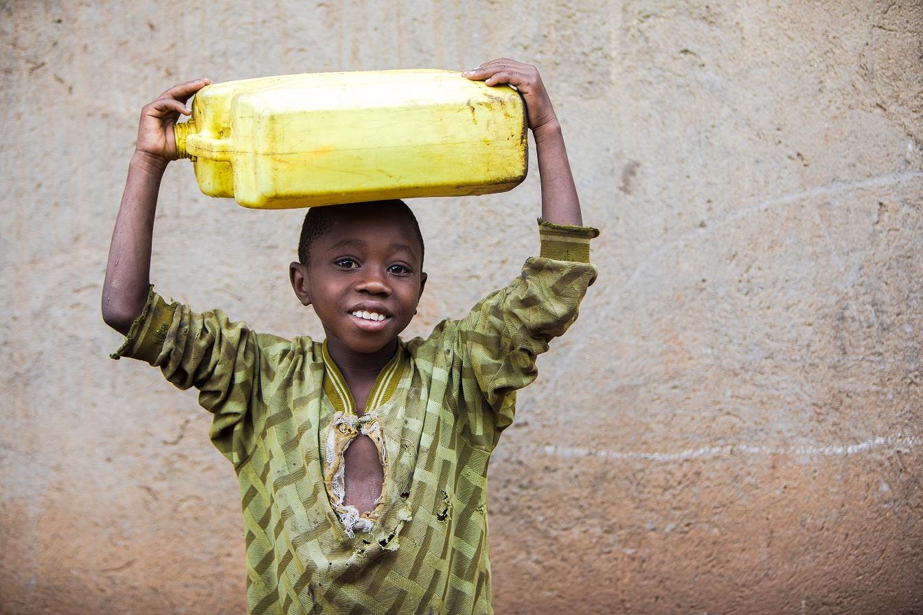 Adam Dickens 2017 - Deki Uganda - Buswagha Cell - Water 5.jpg