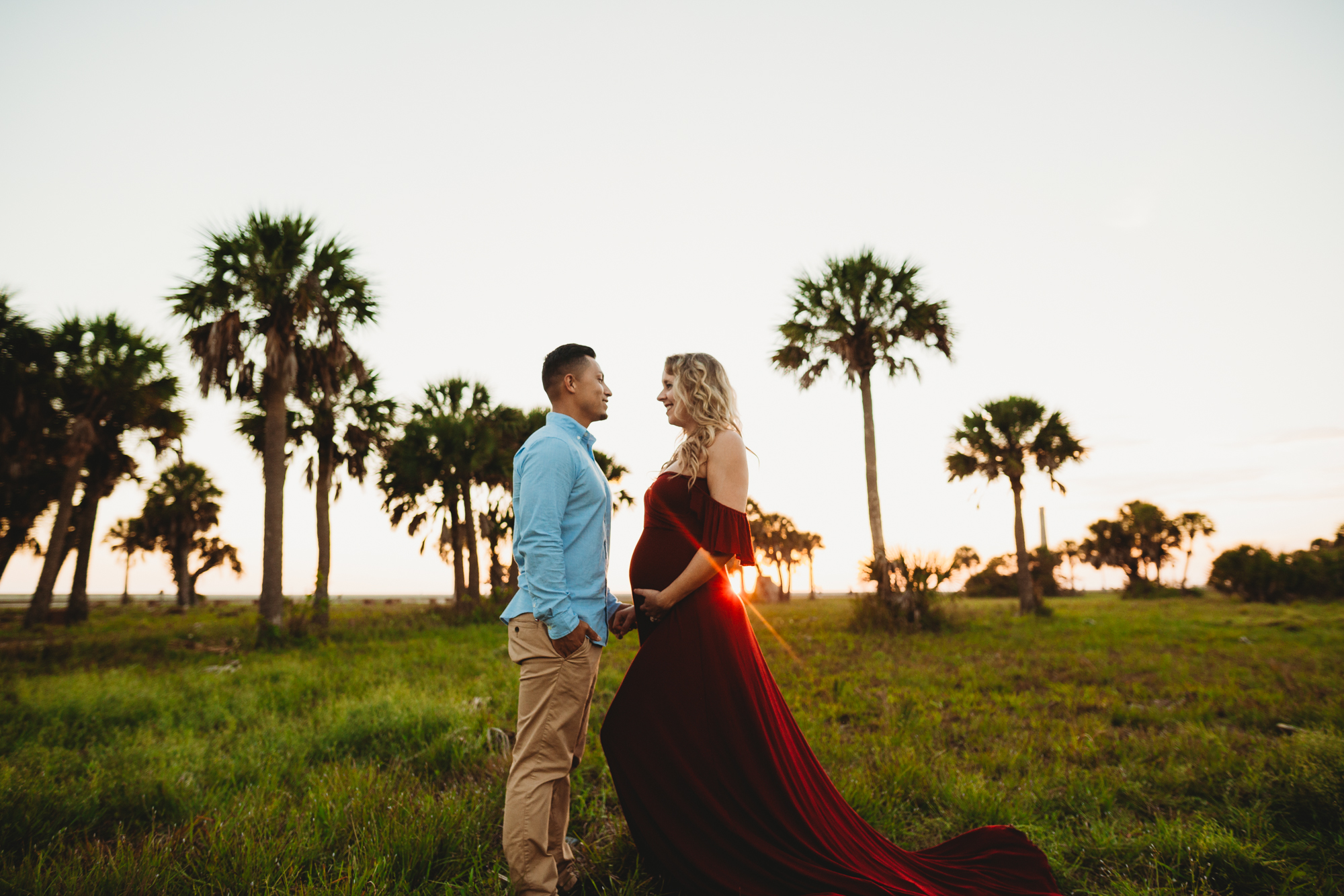 couples maternity photography, couple maternity pictures on the beach in fl
