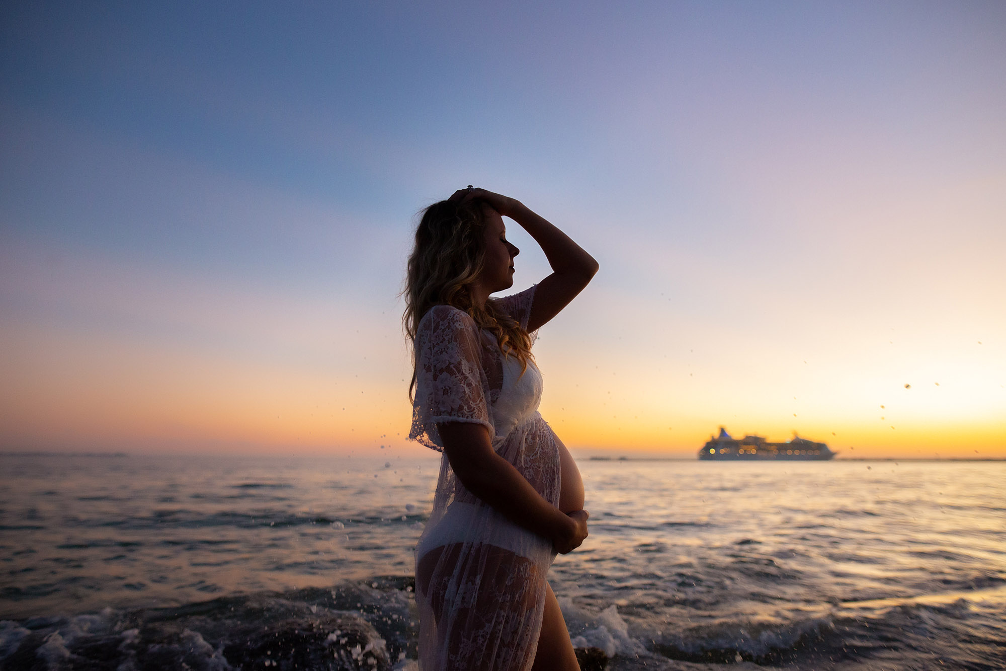 beach sunset photographer, maternity photo session in the water