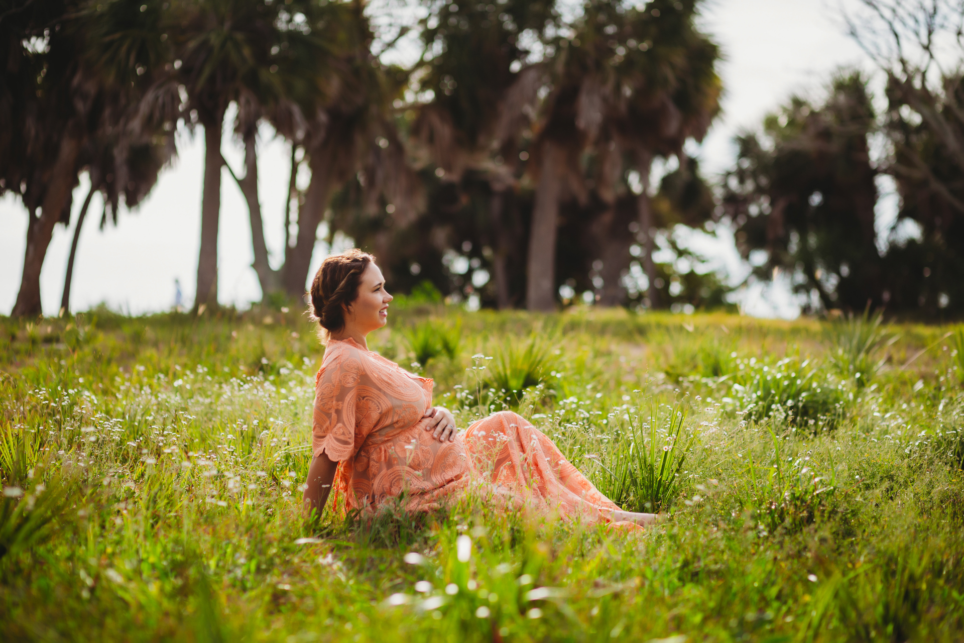 natural light maternity photo shoot, outdoor maternity photographer pinellas county