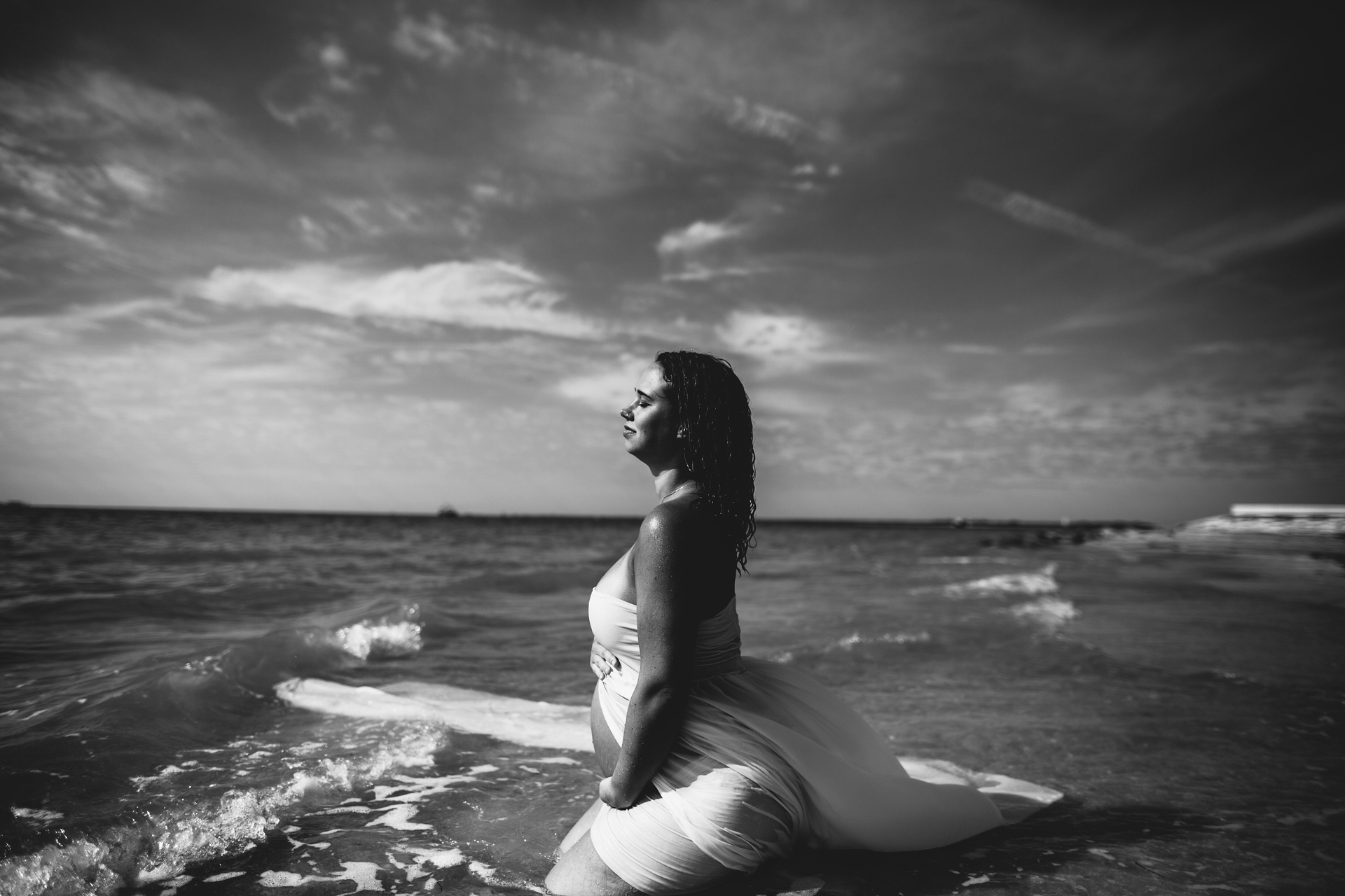 one of a kind maternity portraits. top tampa maternity photographer