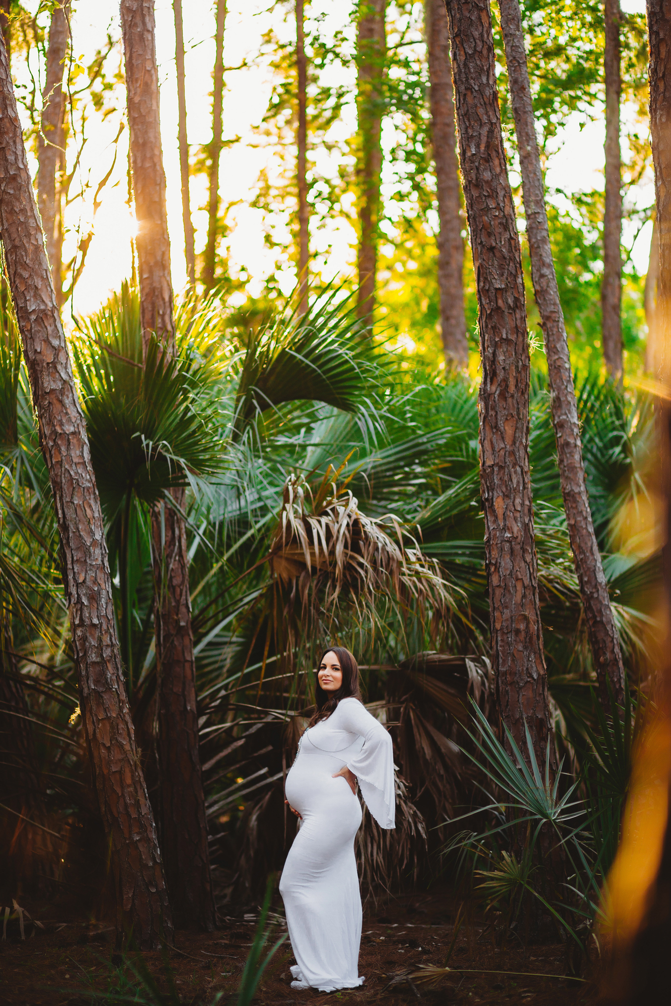 lifestyle maternity pictures, pregnancy photographer tampa
