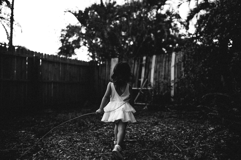 childhood photo shoot, lifestyle family portraits pinellas