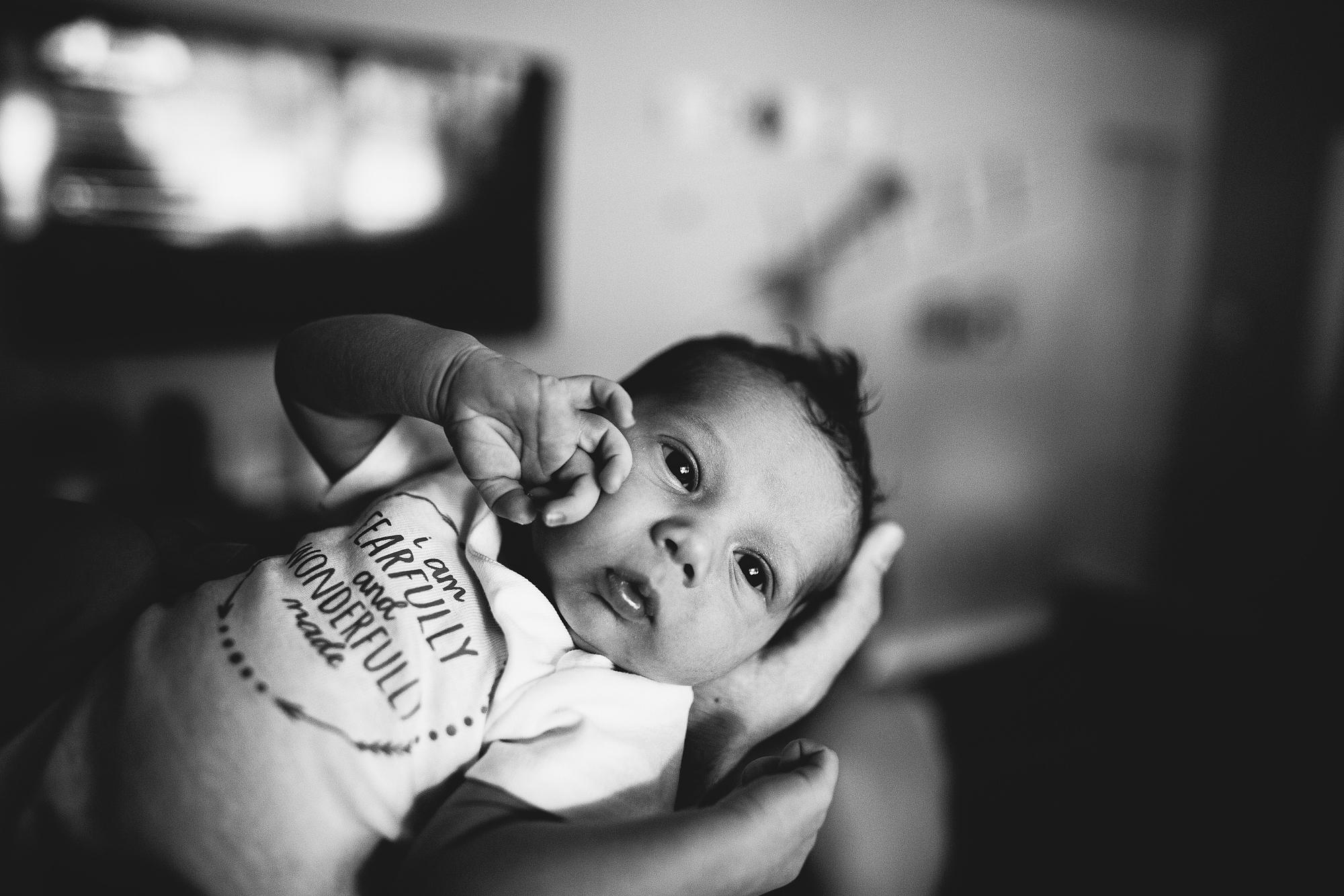 baby photoshoot at home, saint petersburg portrait photographer