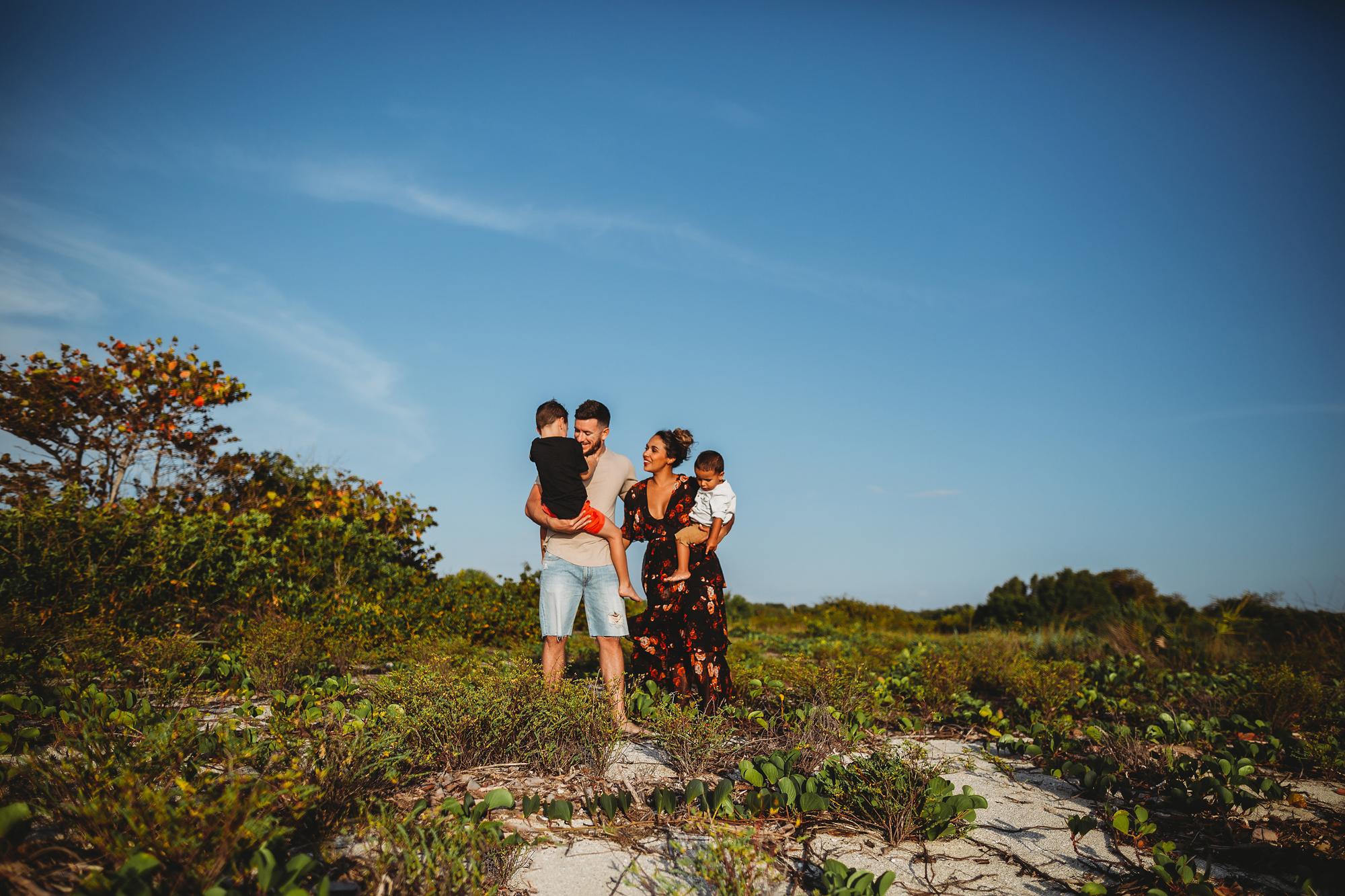 beach family photoshoot, fort desoto beach fl