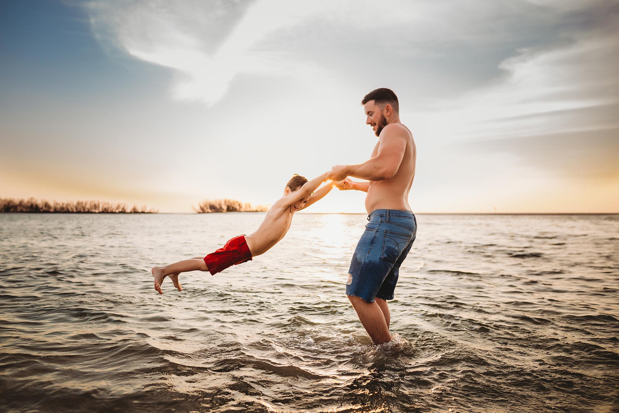 epic beach photographer, lifestyle family photographer tampa