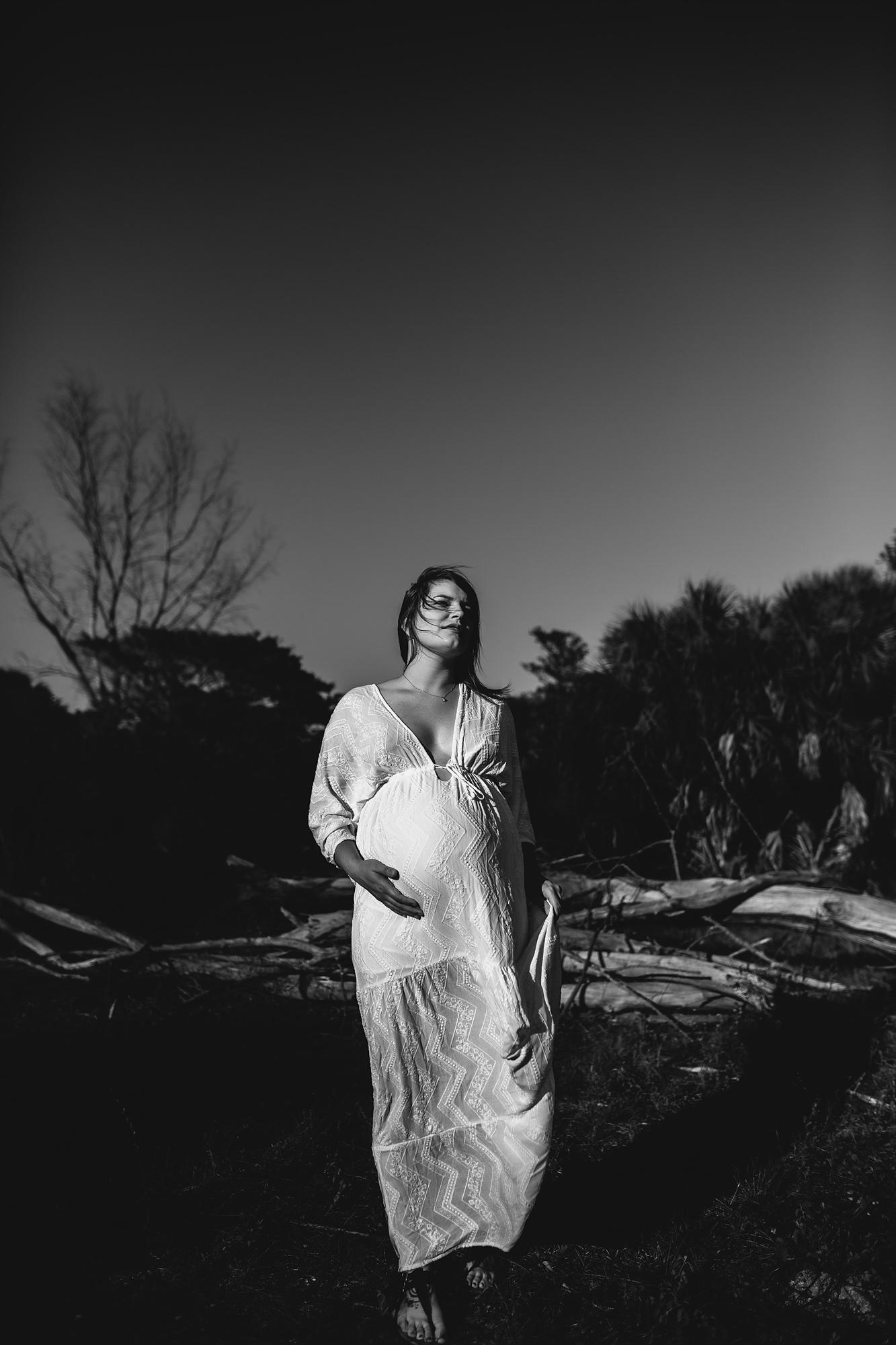 pregnancy portraits, lifestyle maternity photographer tampa