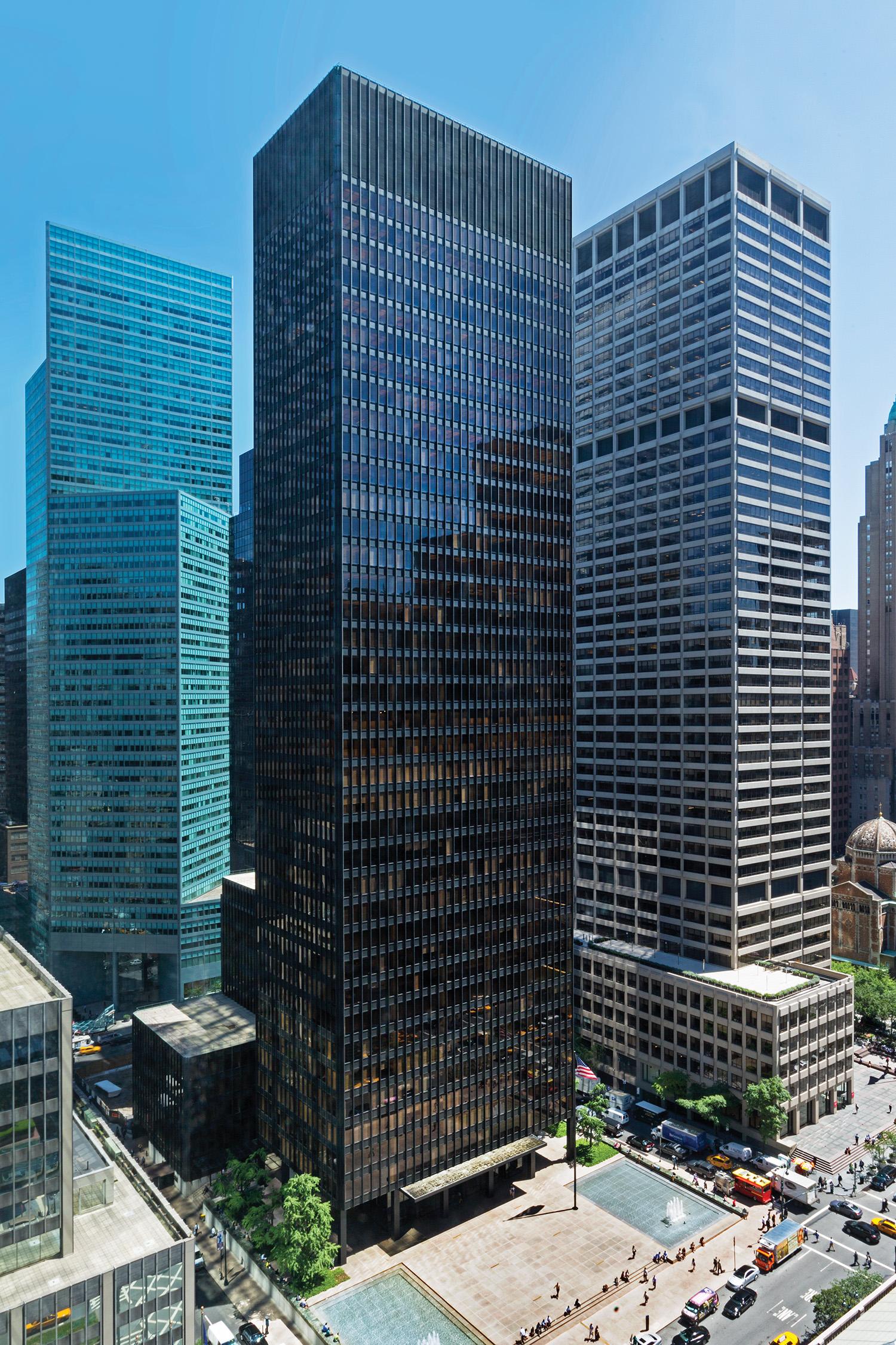 Chicago Mies Van Der Rohe Tour seagram building — bill zbaren | architectural photographer