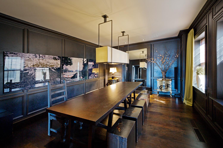 Lake Shore Drive Apartment / Chicago IL / Kara Mann / For the New York Times