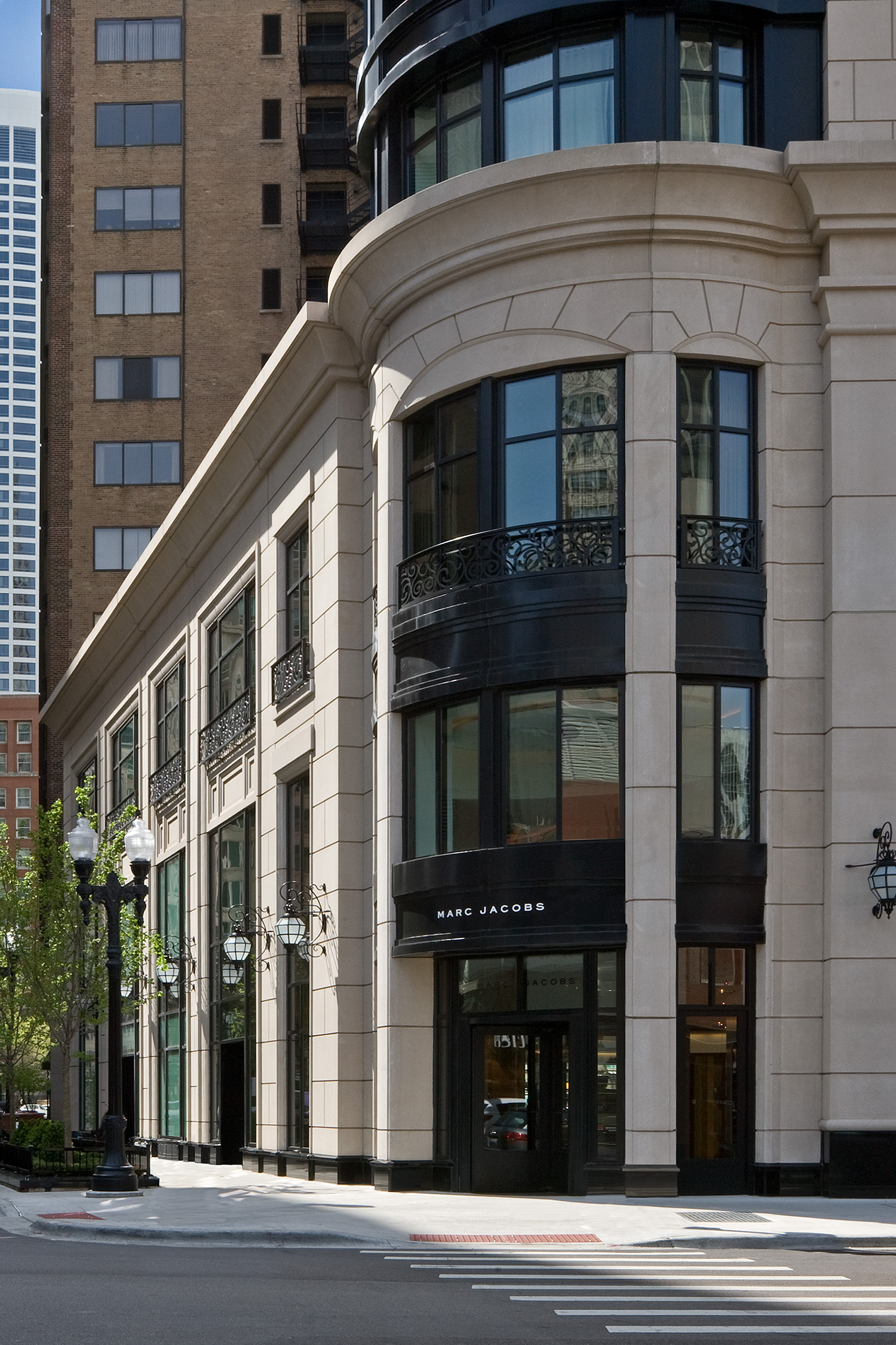 Waldorf Astoria Hotel and Residences / Chicago IL / Lucien Lagrange Architects