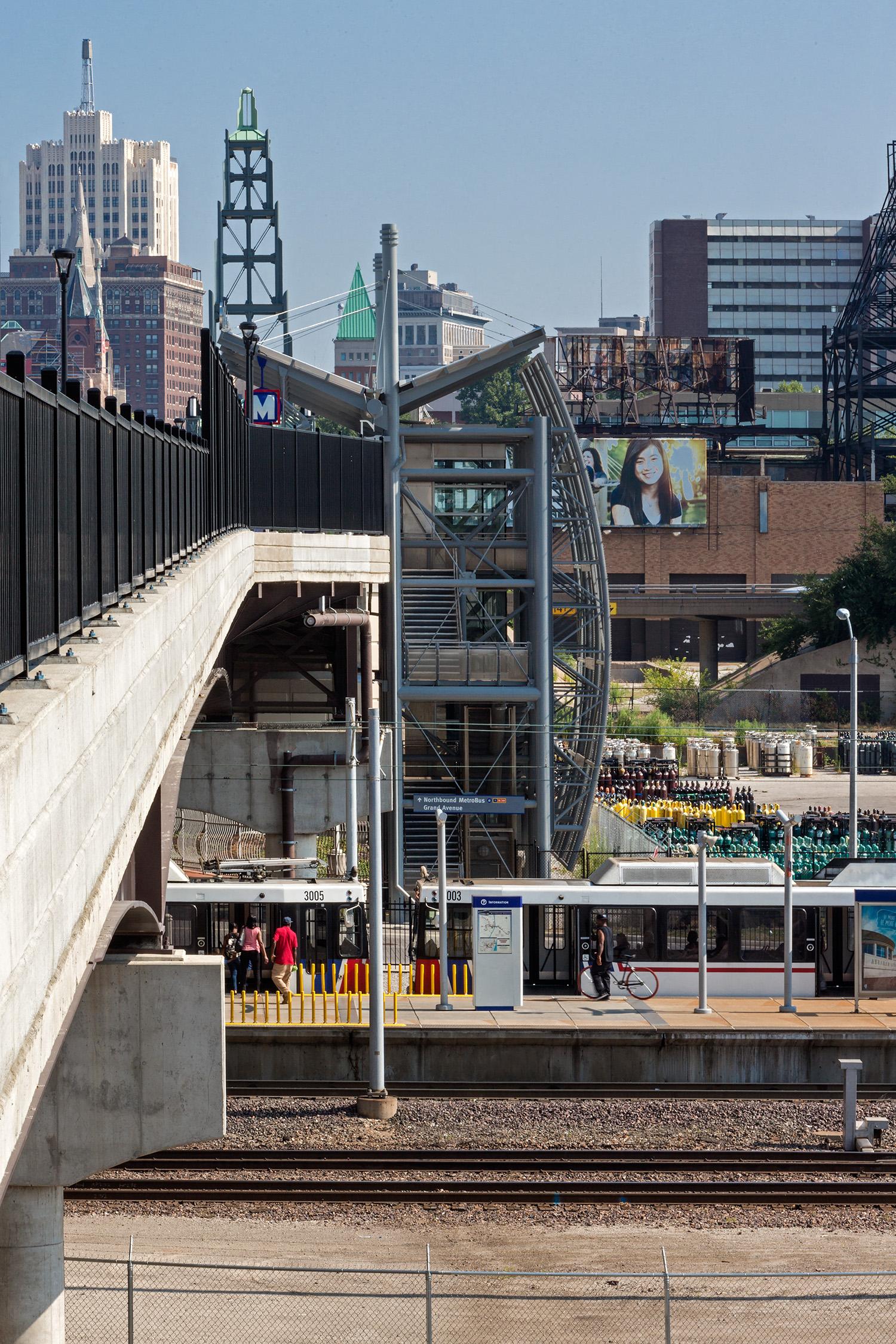 Grand Blvd Bridge & Scott Transit Plaza / St. Louis MO / The Lawrence Group