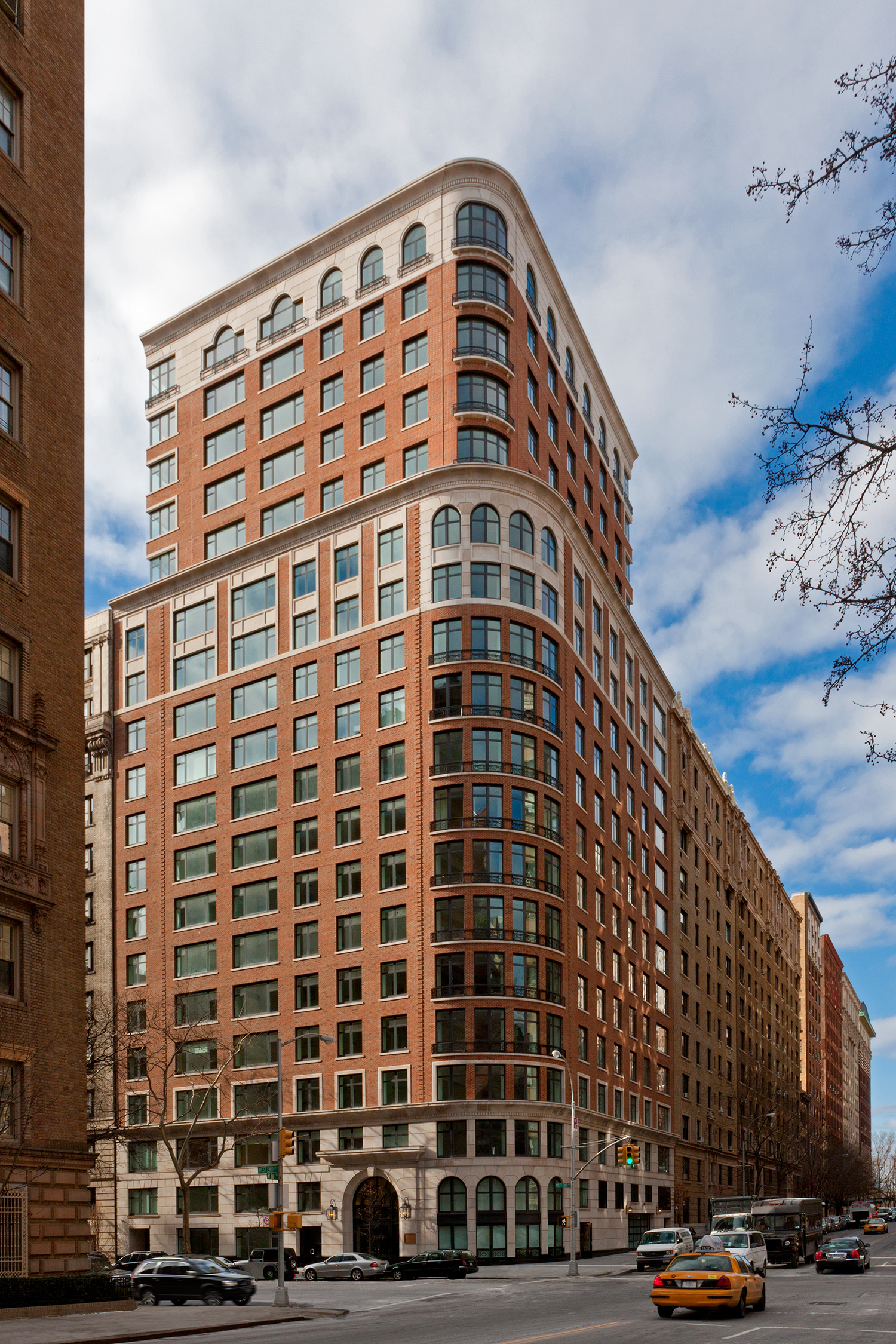 531 West End Avenue / New York / Lucien Lagrange
