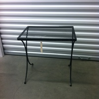 0138: Medium Sized Metal Table (Outdoor)