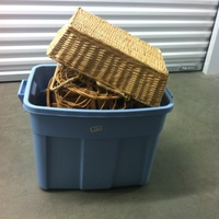 0172: Blue Bin of Assorted Baskets