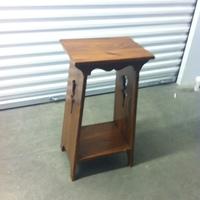 0199: Small Wooden Shelf