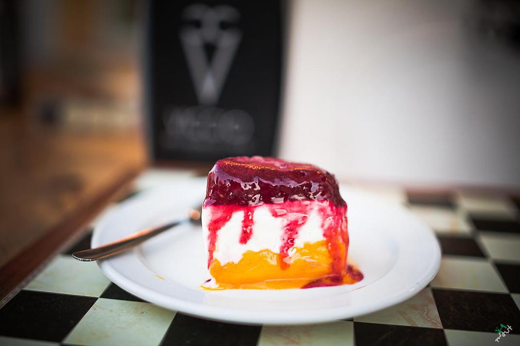 Cake bite @viccio