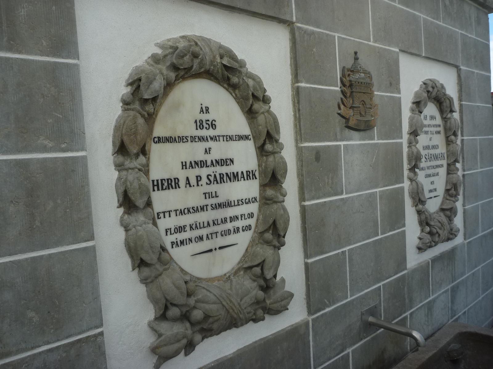 De två medaljongerna