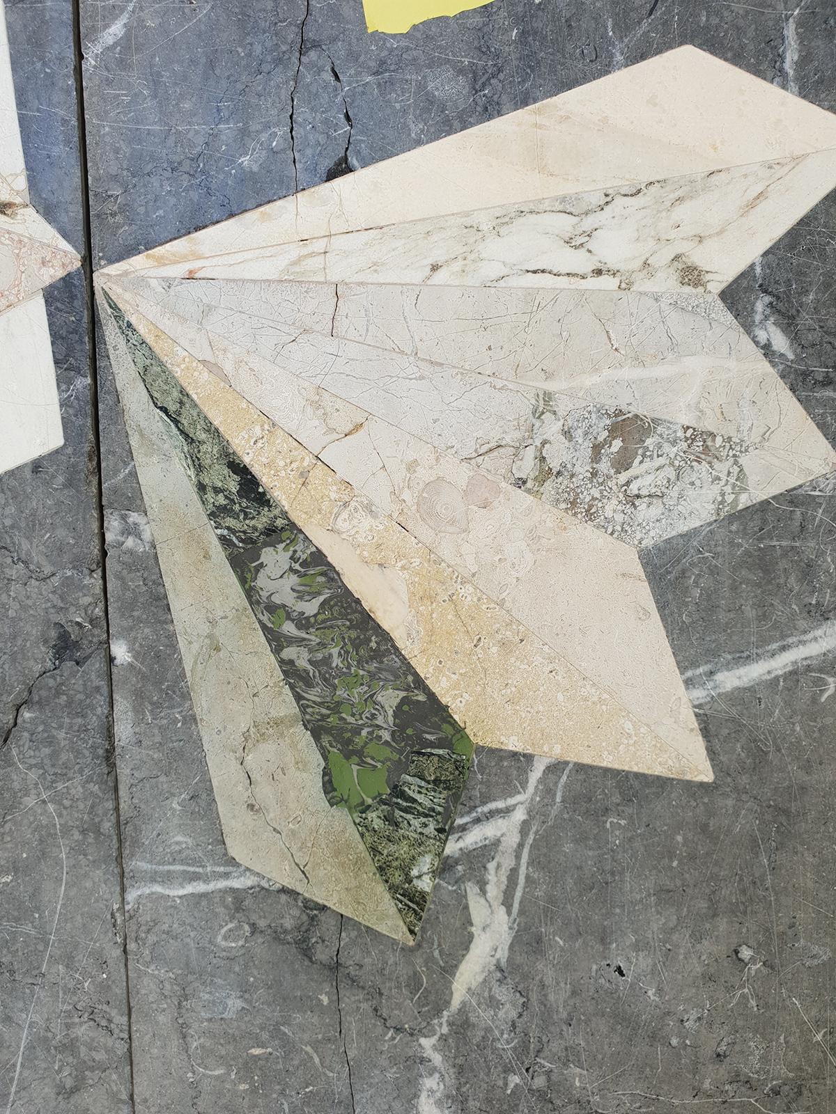 Infällningen återskapades med pigmenterat stenlim som efterbehandlats för att likna originalet.