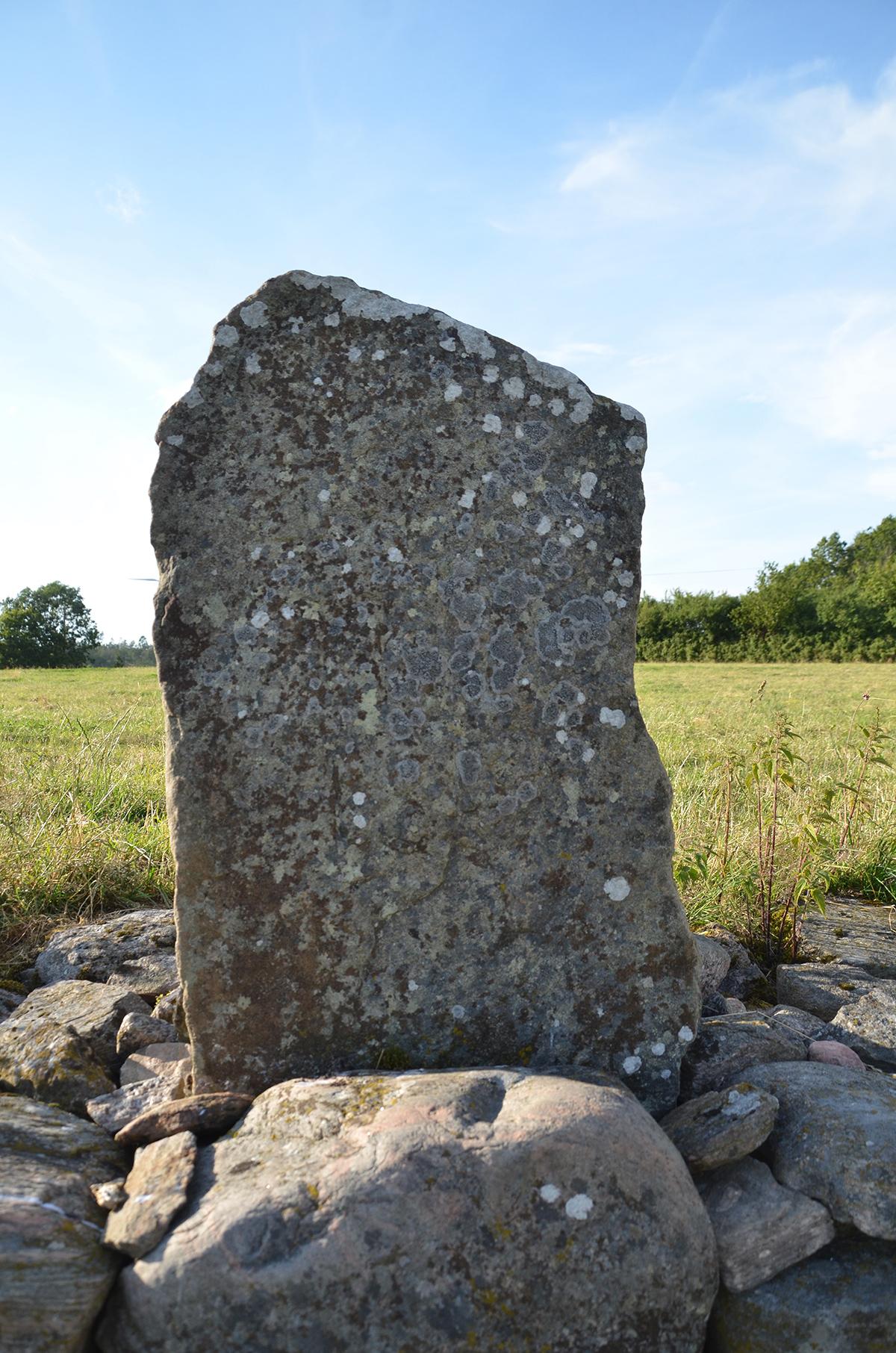 Stenen före åtgärder.