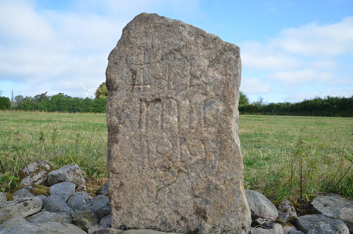 Stenen har rengjorts.