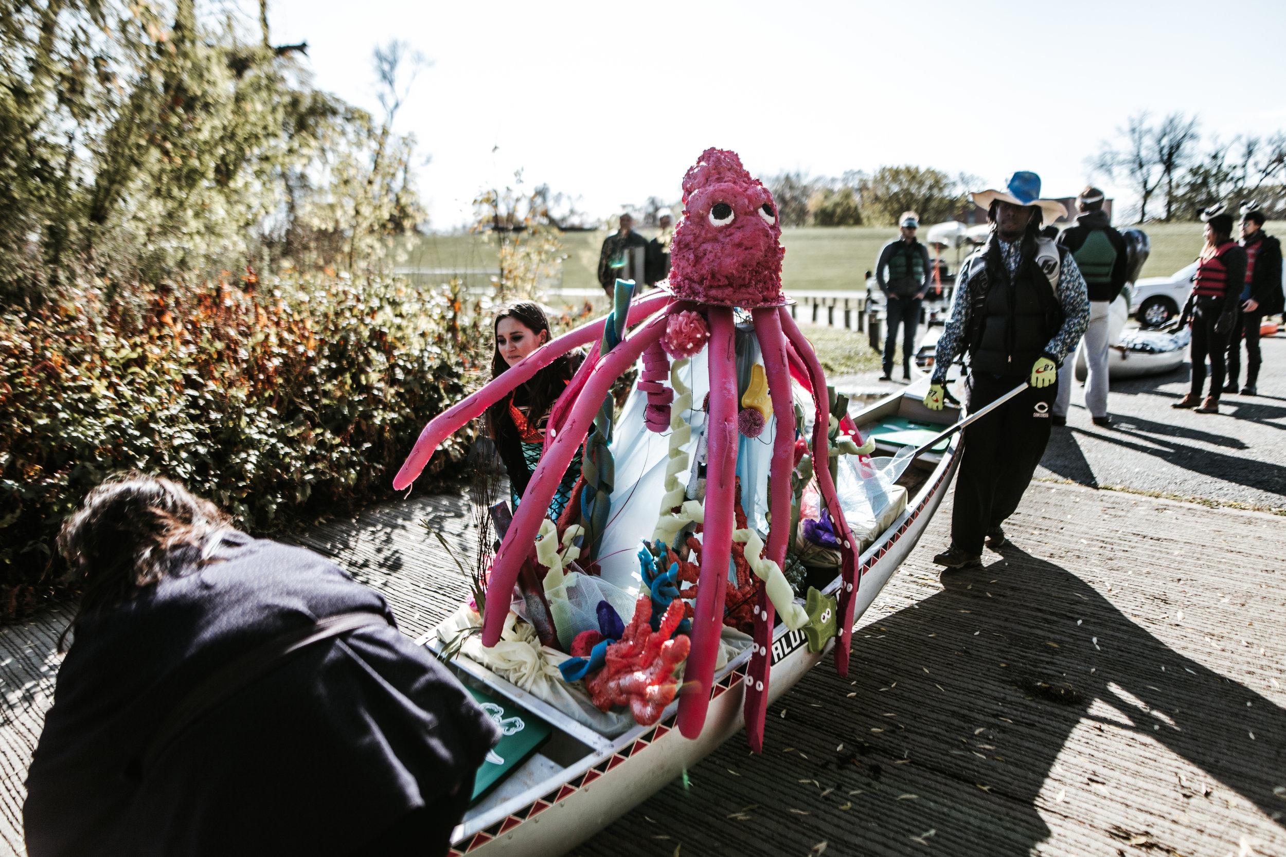 canoeparade-0890.jpg