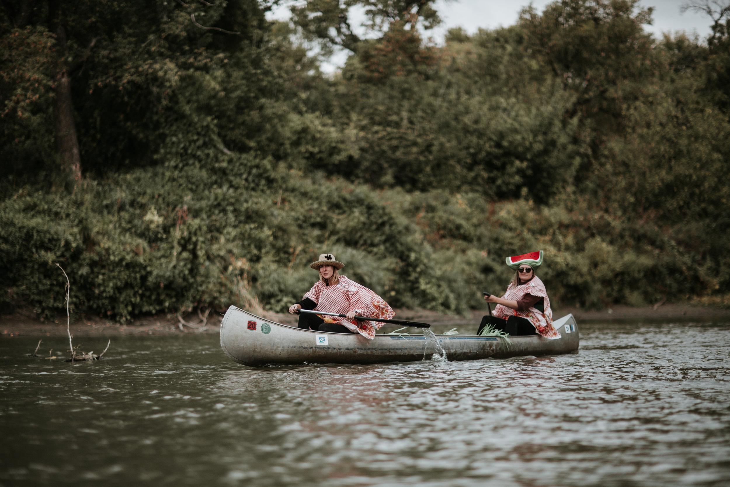 canoeparade-6391 (1).jpg