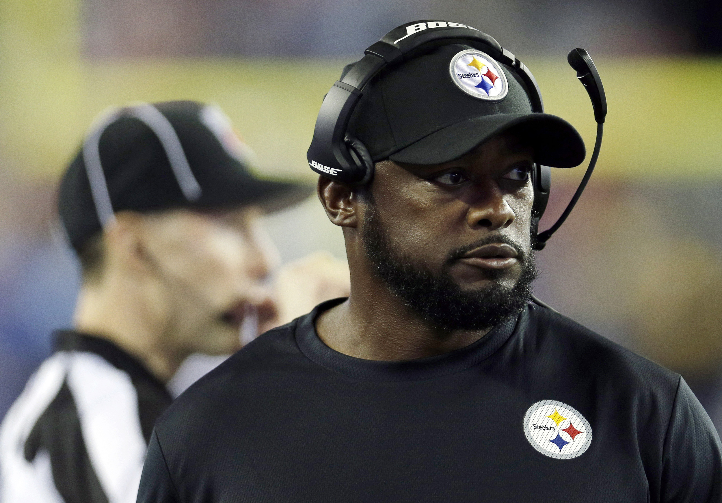 In this photo taken Thursday, Sept. 10, 2015, Pittsburgh Steelers head coach Mike Tomlin watches action from the sideline in the first half of an NFL football game against the New England Patriots in Foxborough, Massachusetts. (Charles Krupa/AP)
