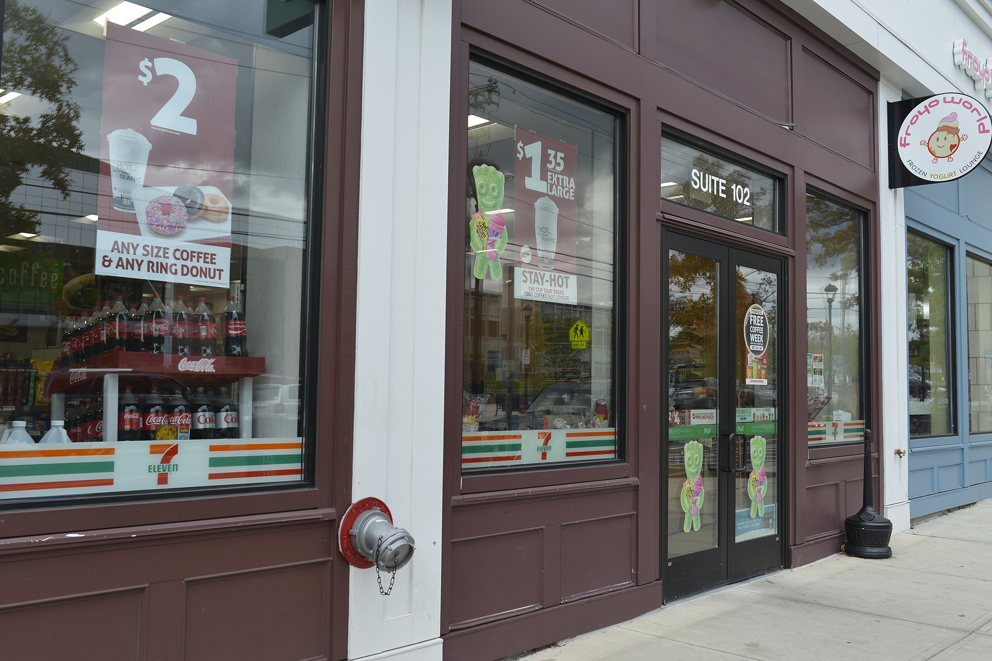 In this photo, the 7-Eleven storefront in Storrs Center is pictured. (Jason Jiang/The Daily Campus)