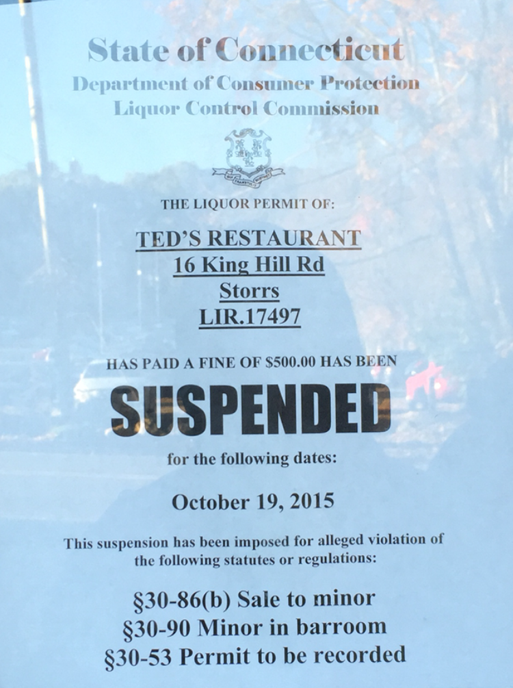 The sign posted by the State of Connecticut on the Ted's Restaurant & Bar door is seen on Monday, Oct. 19, 2015. (Julia Werth/The Daily Campus)