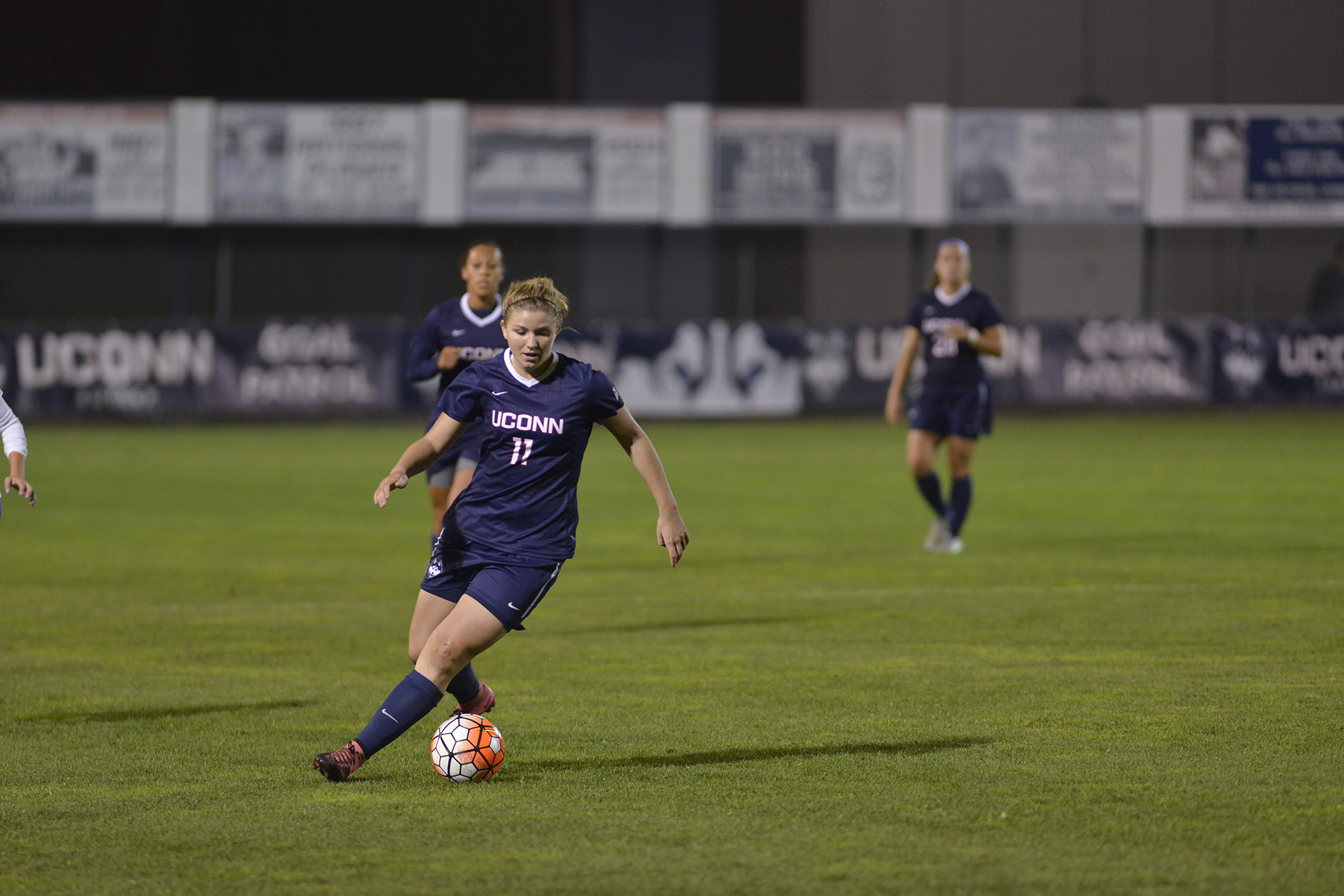 UConn freshman forward Kim Urbanek dribbles the ball during the Huskies' game against East Carolina at Joseph J. Morrone Stadium on Thursday, Oct. 8, 2015. The team is preparing for a rematch against the Pirates on Tuesday in the American Athletic Conference tournament quarterfinal round. (Jason Jiang/The Daily Campus)