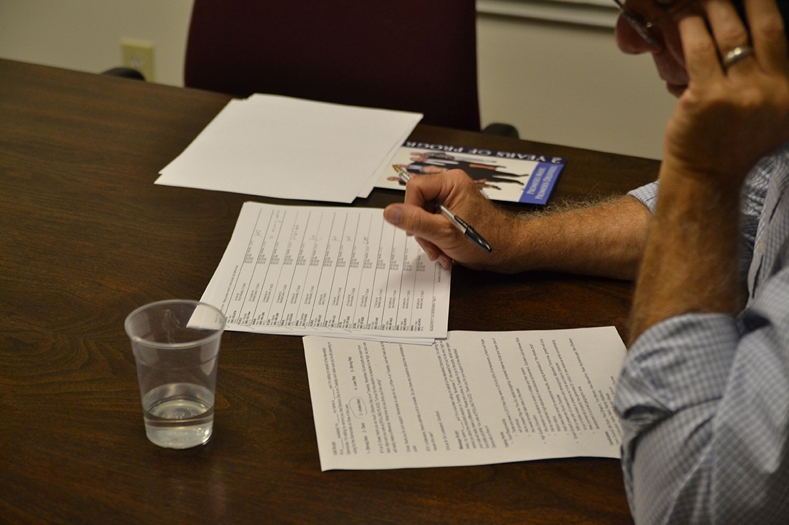 Like the Republicans, the Democrats also went door-to-door across Mansfield. As a last-second push, the Democrats ran a phone-bank on the evening of Sunday, Nov.1 to remind voters that Election Day was on Tuesday, Nov. 3. (Amar Batra/The Daily Campus)