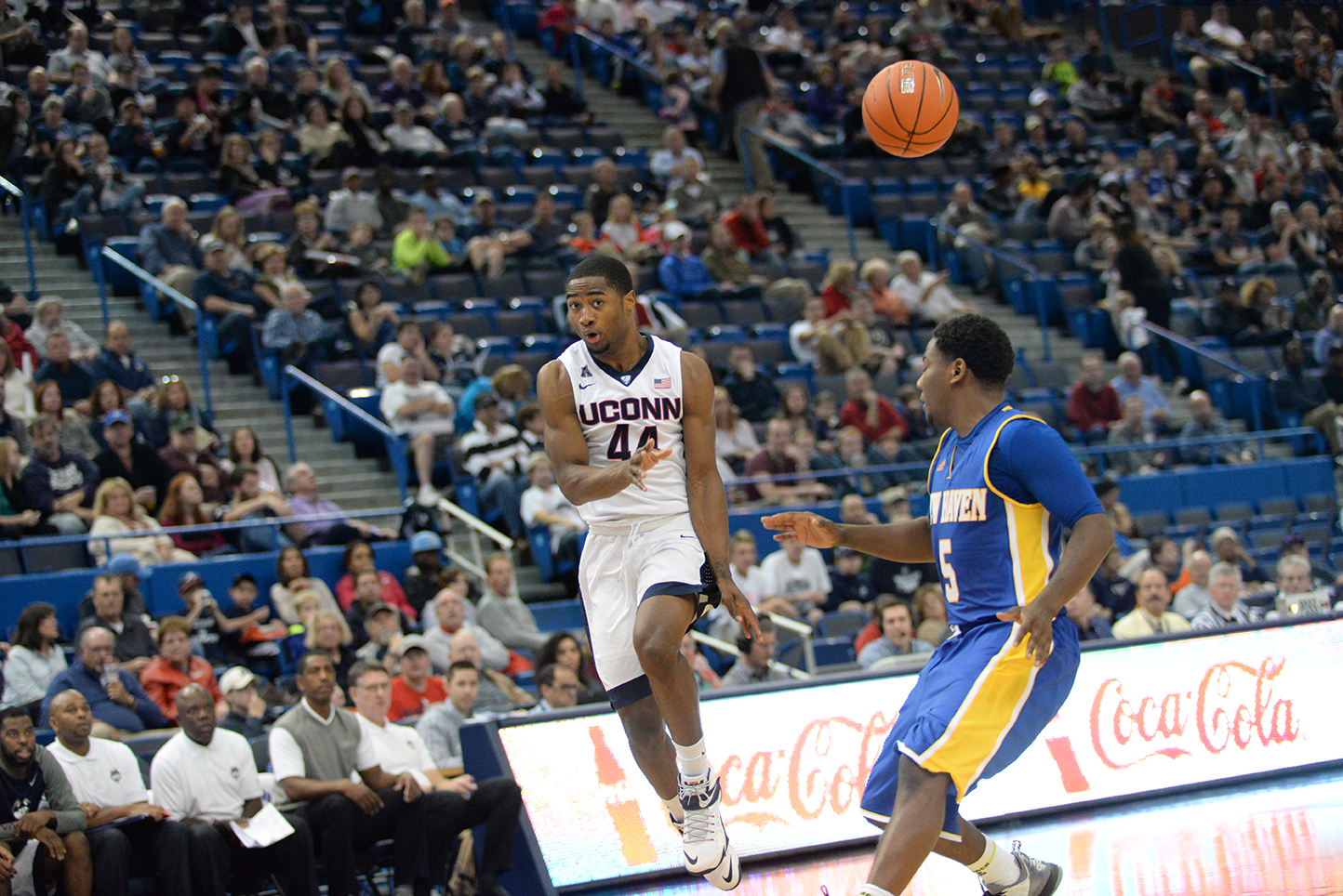 UConn guard Rodney Purvis attempts a pass during their 83-43 victory over New Haven at the XL Center on Nov. 7, 2015. Purvis finished with a team high of 11 points. (Ashley Maher/The Daily Campus).