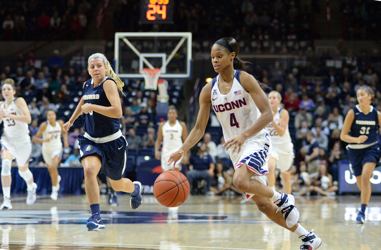 UConn women's basketball guard Moriah Jefferson dribbles toward the basket during the Huskies' exhibition game against Vanguard at Gampel Pavilion in Storrs, Connecticut on Sunday, Nov. 8, 2015.Jefferson finished the game with 20 points, 4 assists and 6 steals. (Ashley Maher/The Daily Campus)