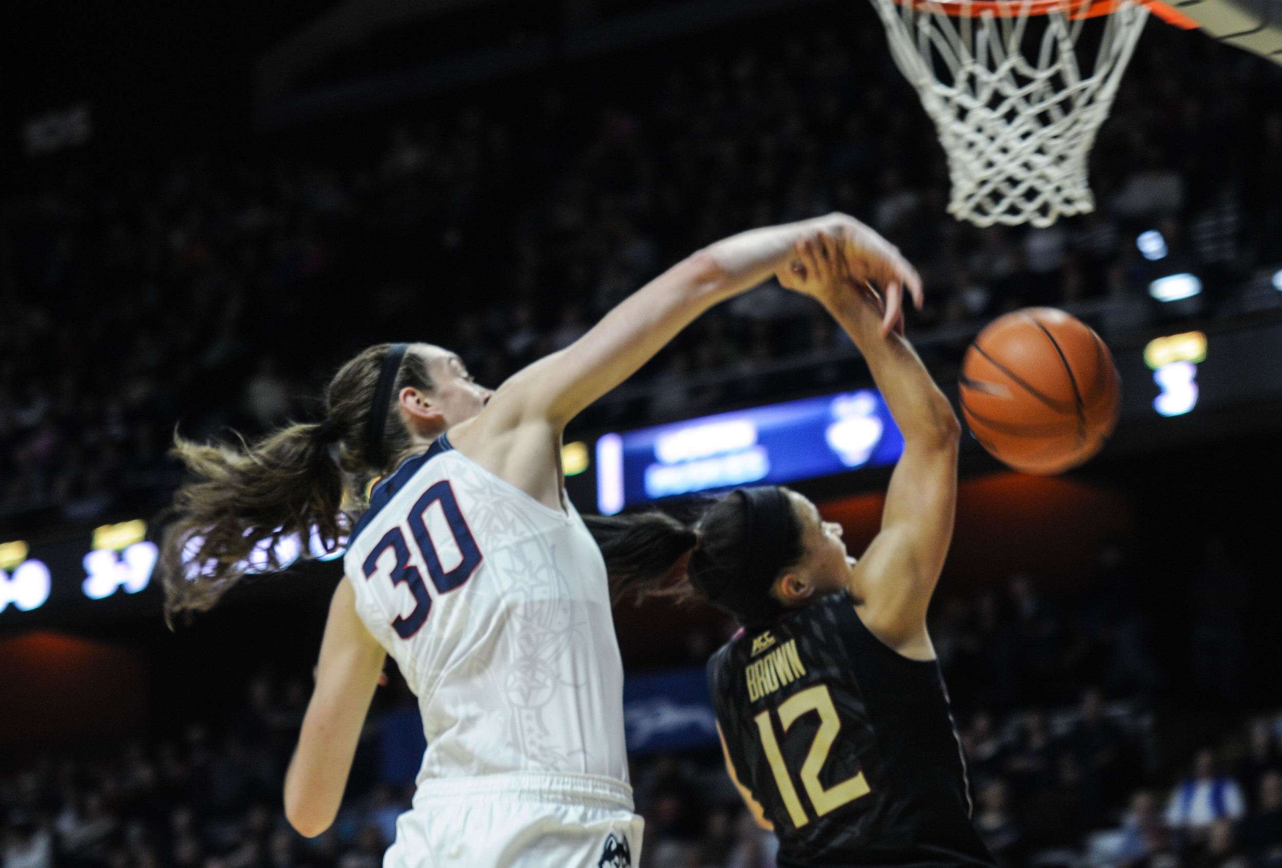 UConn forward Breanna Stewart blocks Florida State guard Brittany Brown. She finished the game with six blocks. (Bailey Wright/The Daily Campus)