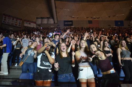 Trap King: Fetty Wap lights up crowd at SUBOG Spring Concert