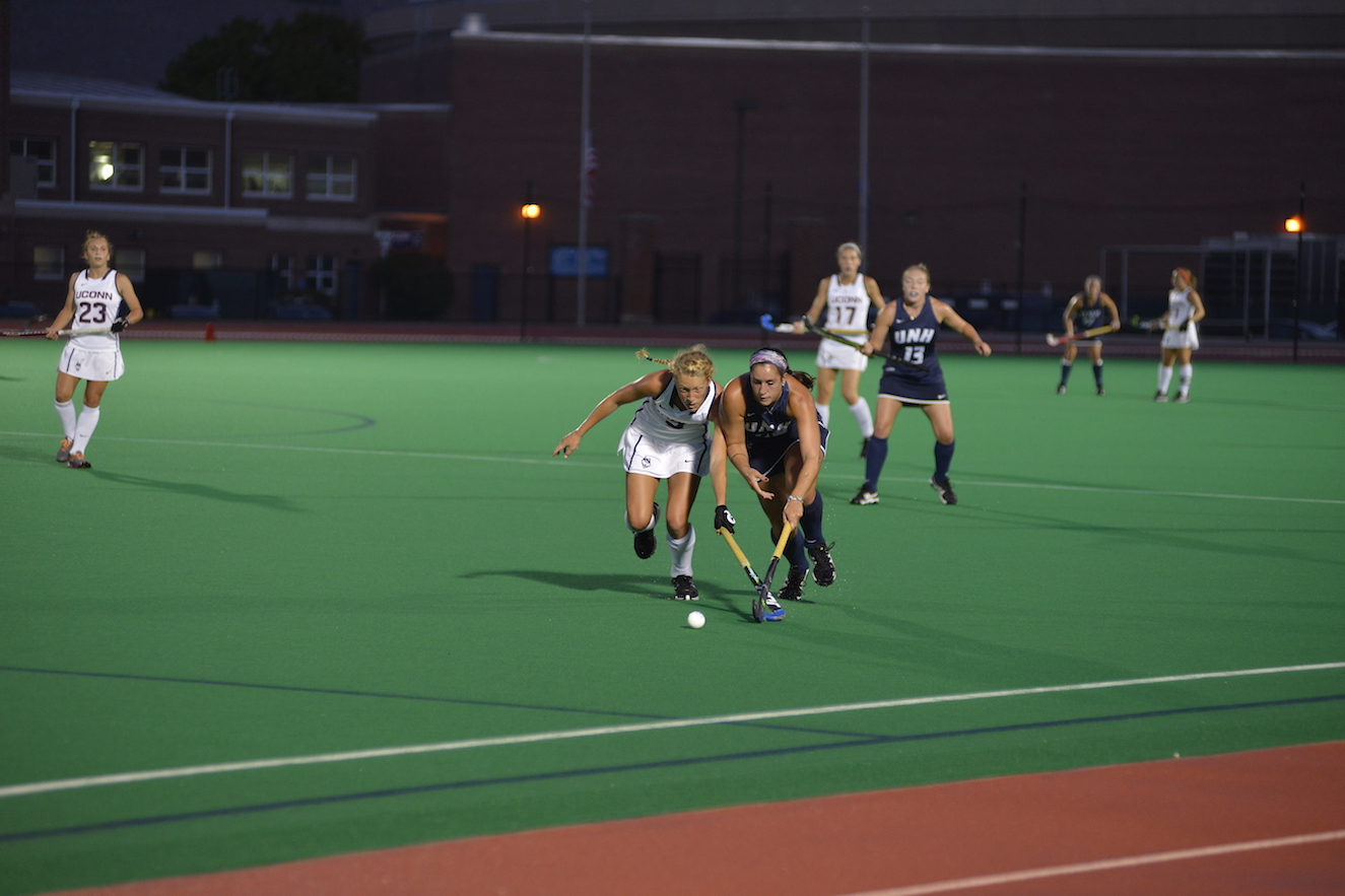 UConn field hockey game against UNH on Sept. 11, 2015. The Huskies won 5-0. (Jason Jiang/The Daily Campus)