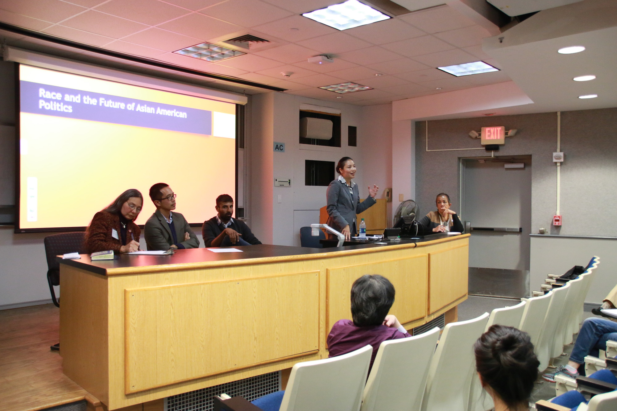The Asian and Asian American Studies Institute organized a lecture about Asian American politics in Gentry 131 on Tuesday, Oct. 11, 2016. They invited Janette Wong from Asian American student program, university of Maryland to address a speech about race and the future of Asian American politics. (Yuwei Zhao/The Daily Campus)