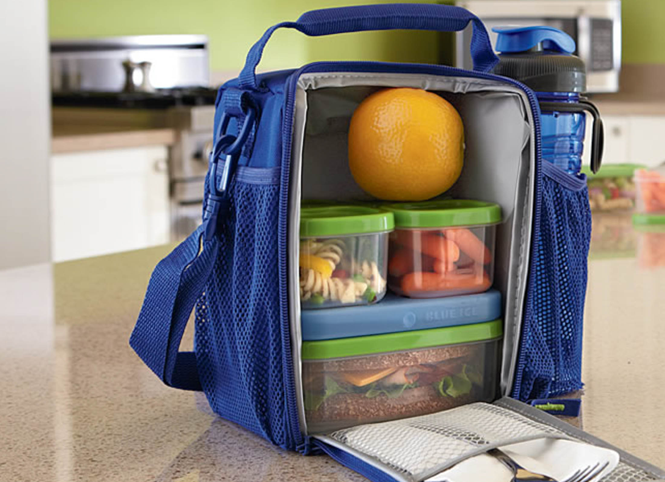 The lunchbox is partially because I am too cheap to buy the meal plan, but who can blame me? Even the commuter option is thousands of dollars. (Rubbermaid Products/Flickr Creative Commons)