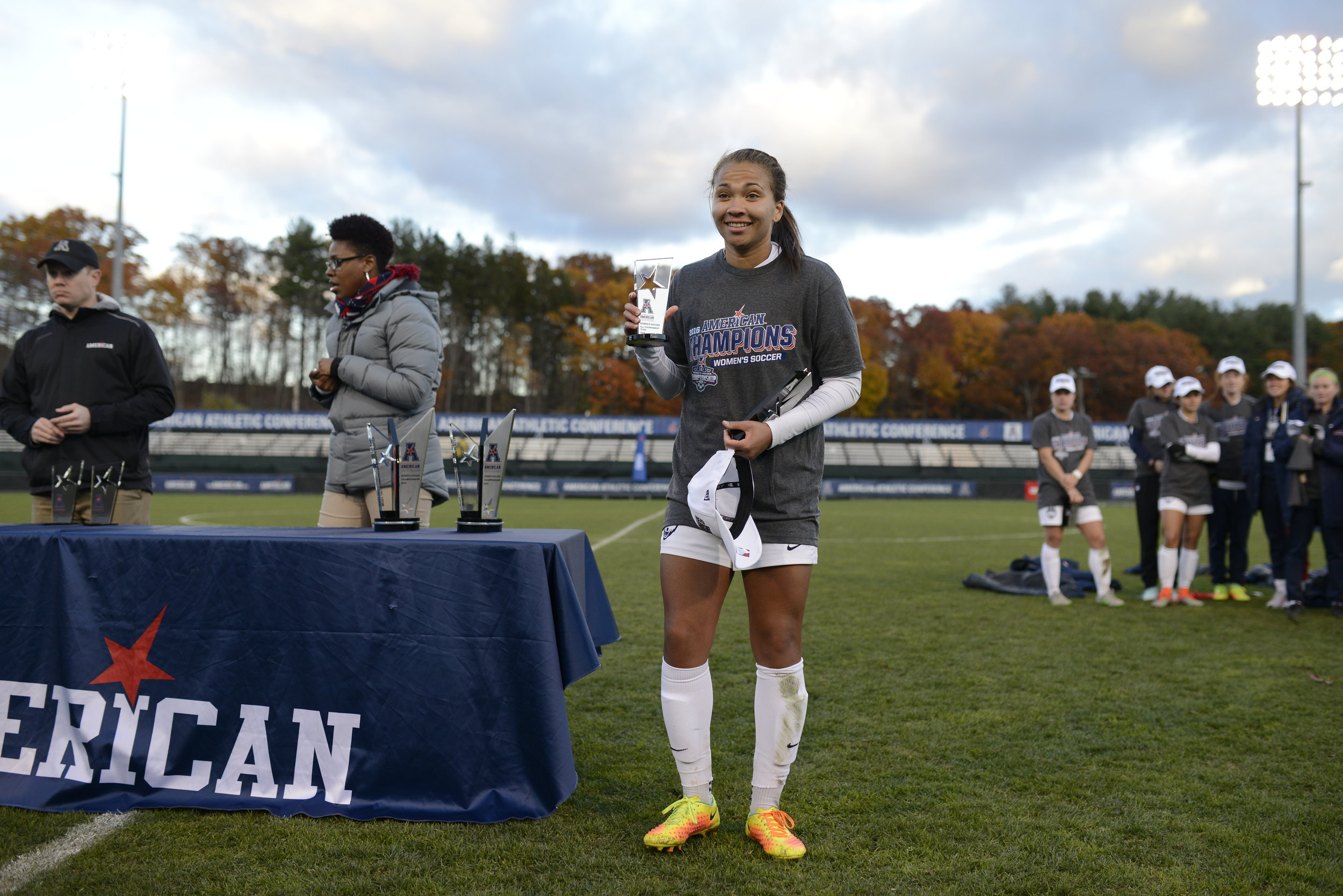 Senior defender Toriana Patterson poses with her trophy after being named the tournament's most outstanding defensive player on Sunday, Nov. 6 at Joseph J. Morrone Stadium. Patterson helped lead the Huskies to a 1-0 victory over SMU to win the American Athletic Conference title. (Jason Jiang/The Daily Campus)