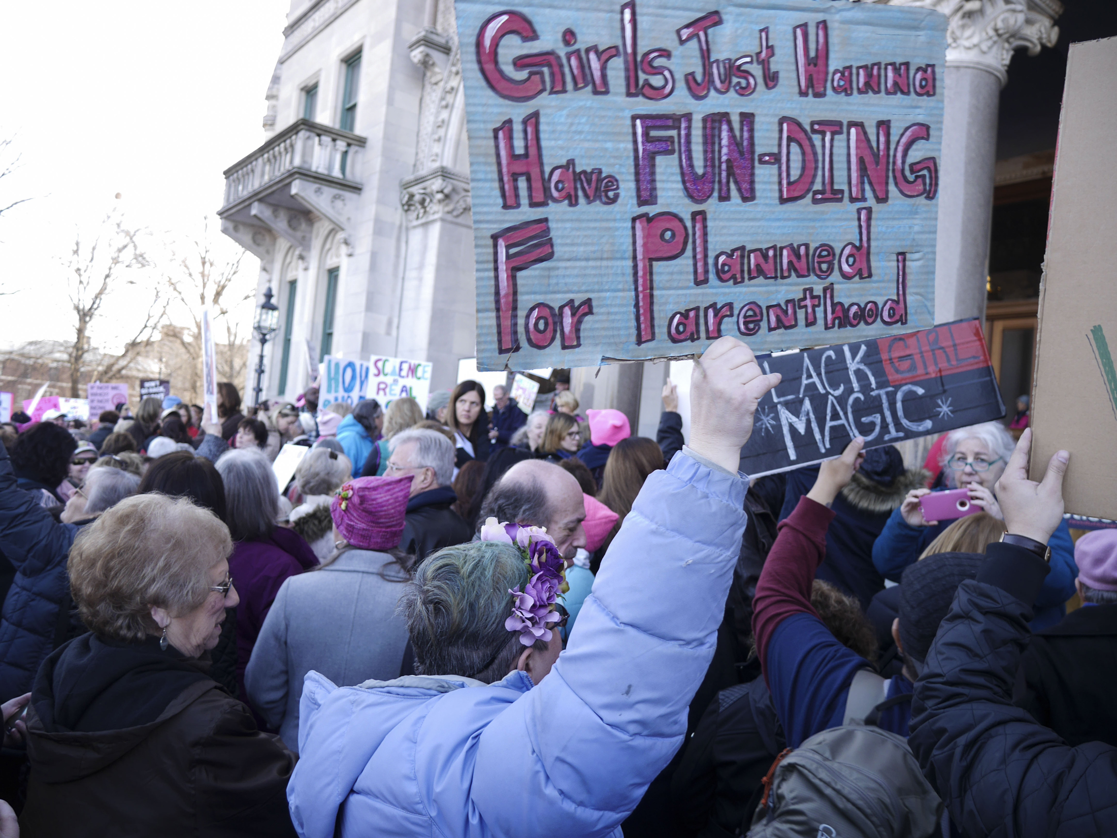 "Thousands of Connecticut citizens marched on the State Capitol to protest Trump's stance on women's and minorities rights during the ""Women's March on Hartford, CT: In Solidarity with Washington"" on Saturday, Jan. 21, 2016. (Bailey Wright/The Daily Campus)"